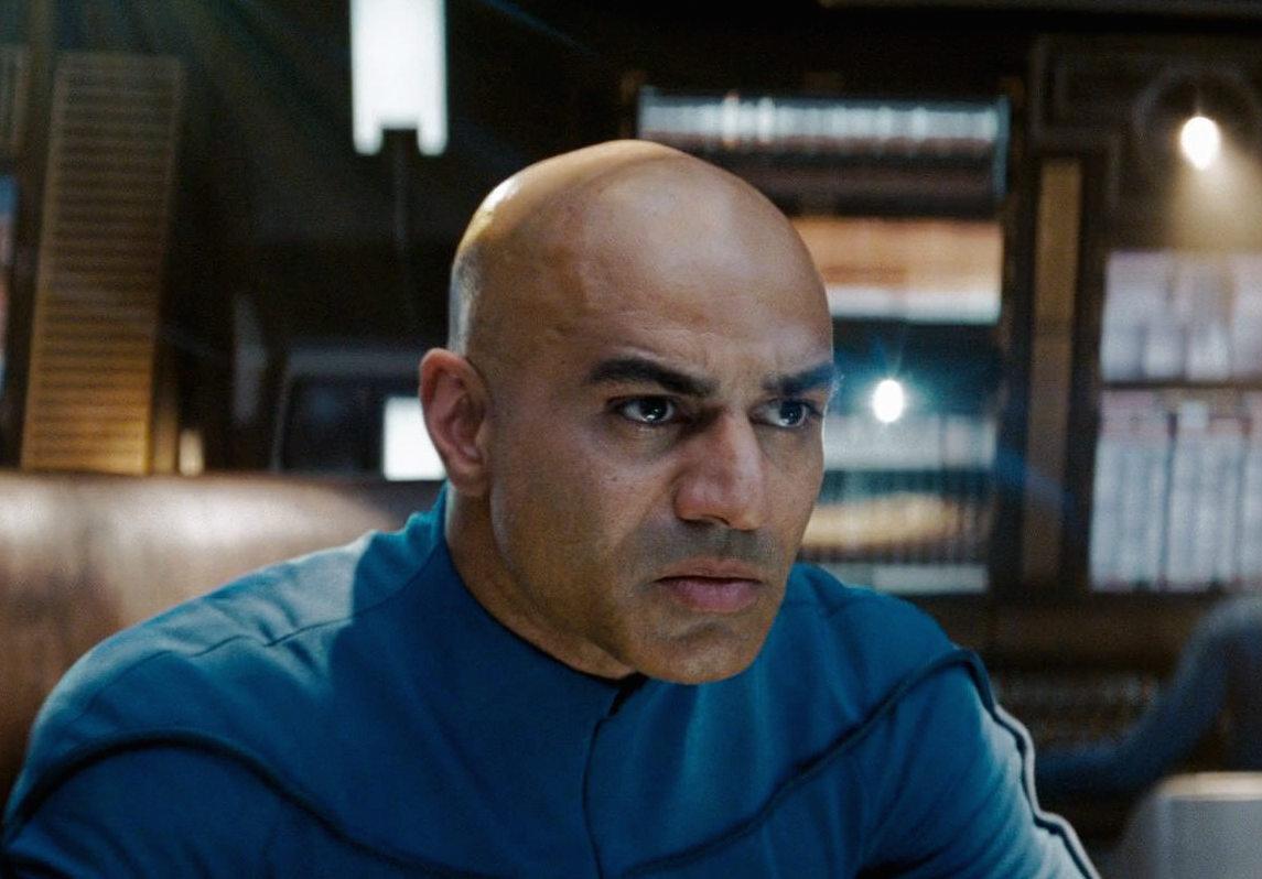 Faran Tahir as Captain Robau in Star Trek