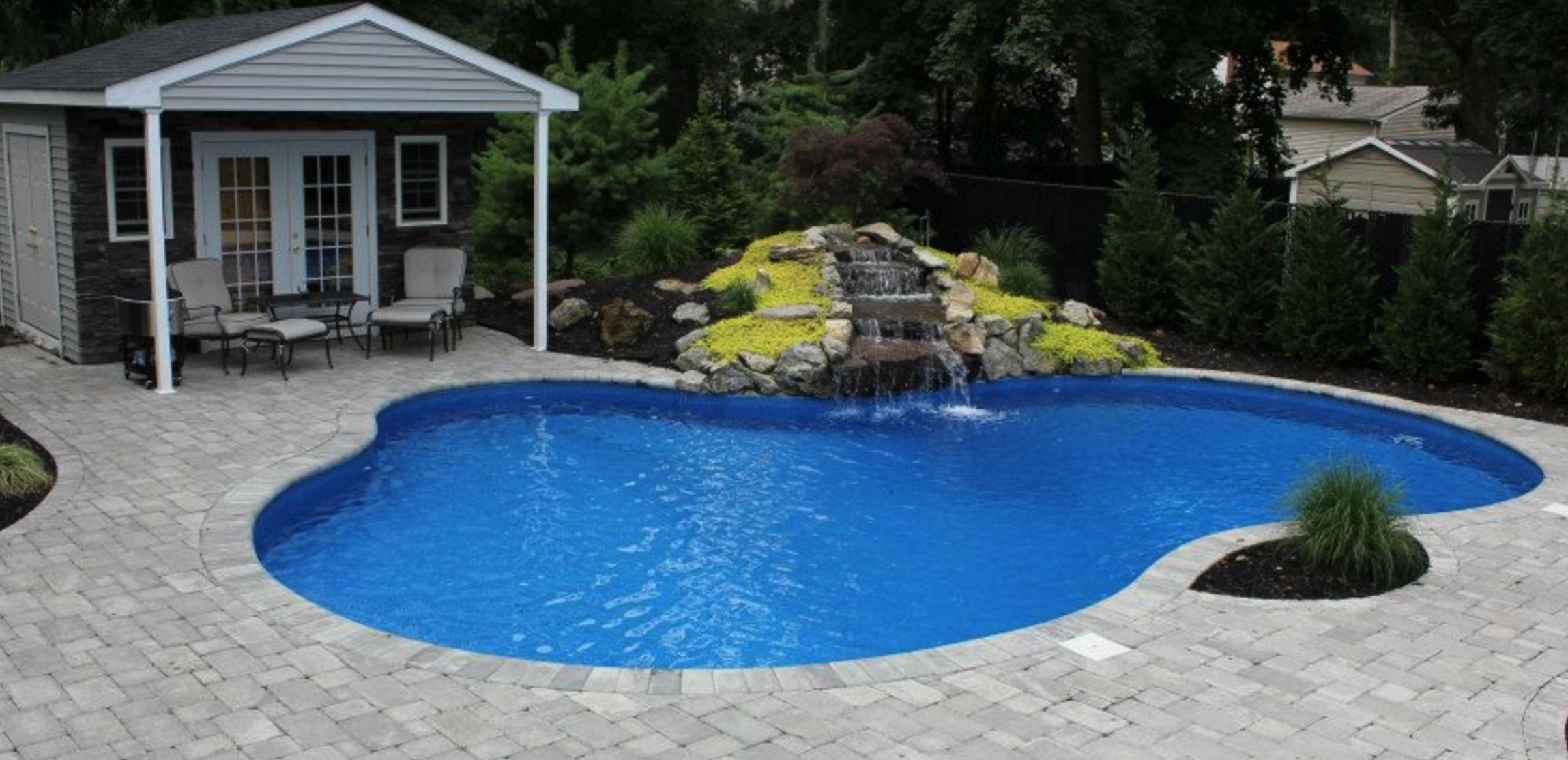 Vinyl liner swimming pool, inground pool Long Island, NY Huntington, NY pool builder