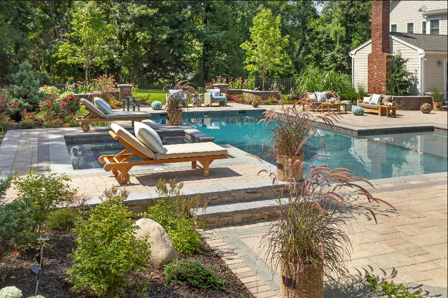 We Build Long Island's Finest  Swimming Pools & Spas    view our work