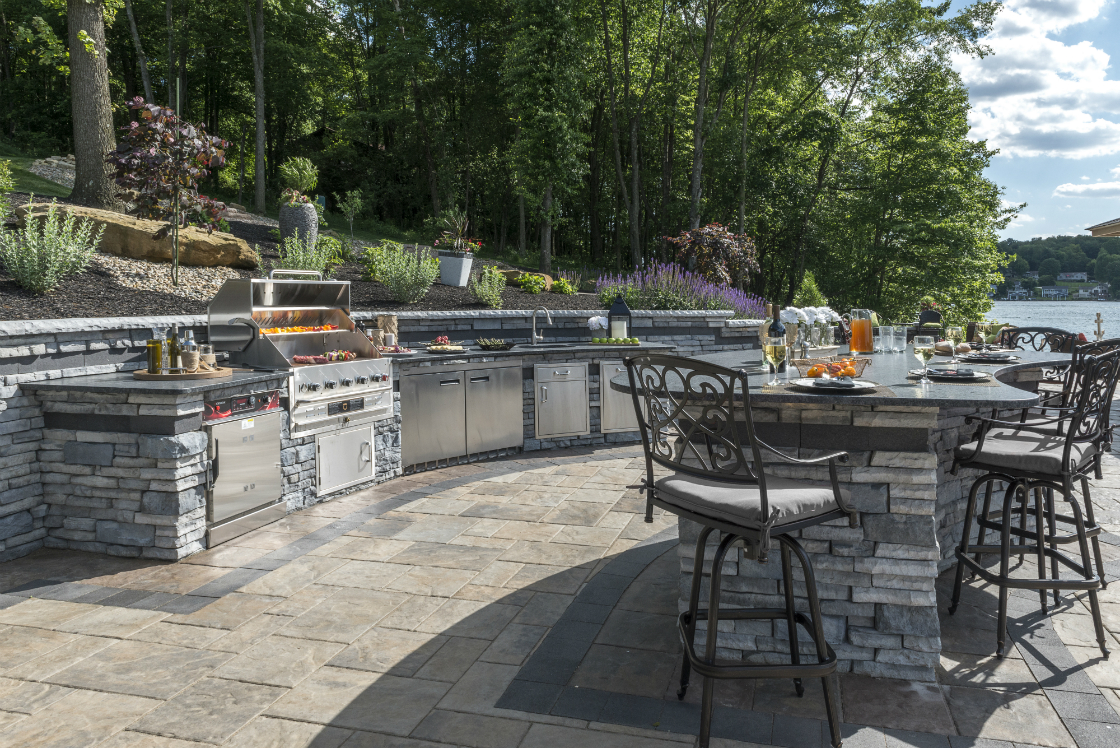 4 Ways To Maximize The Safety Of Outdoor Kitchens In Brookhaven