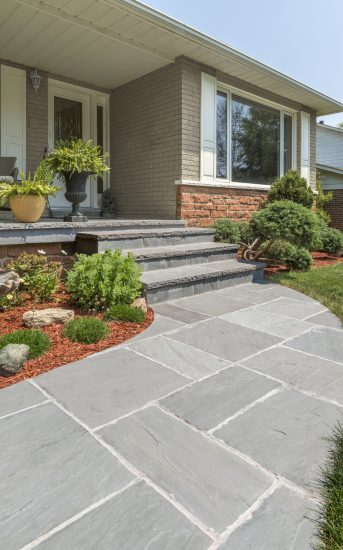 4 Ways To Enhance Your Front Entrance With Natural Stone Masonry
