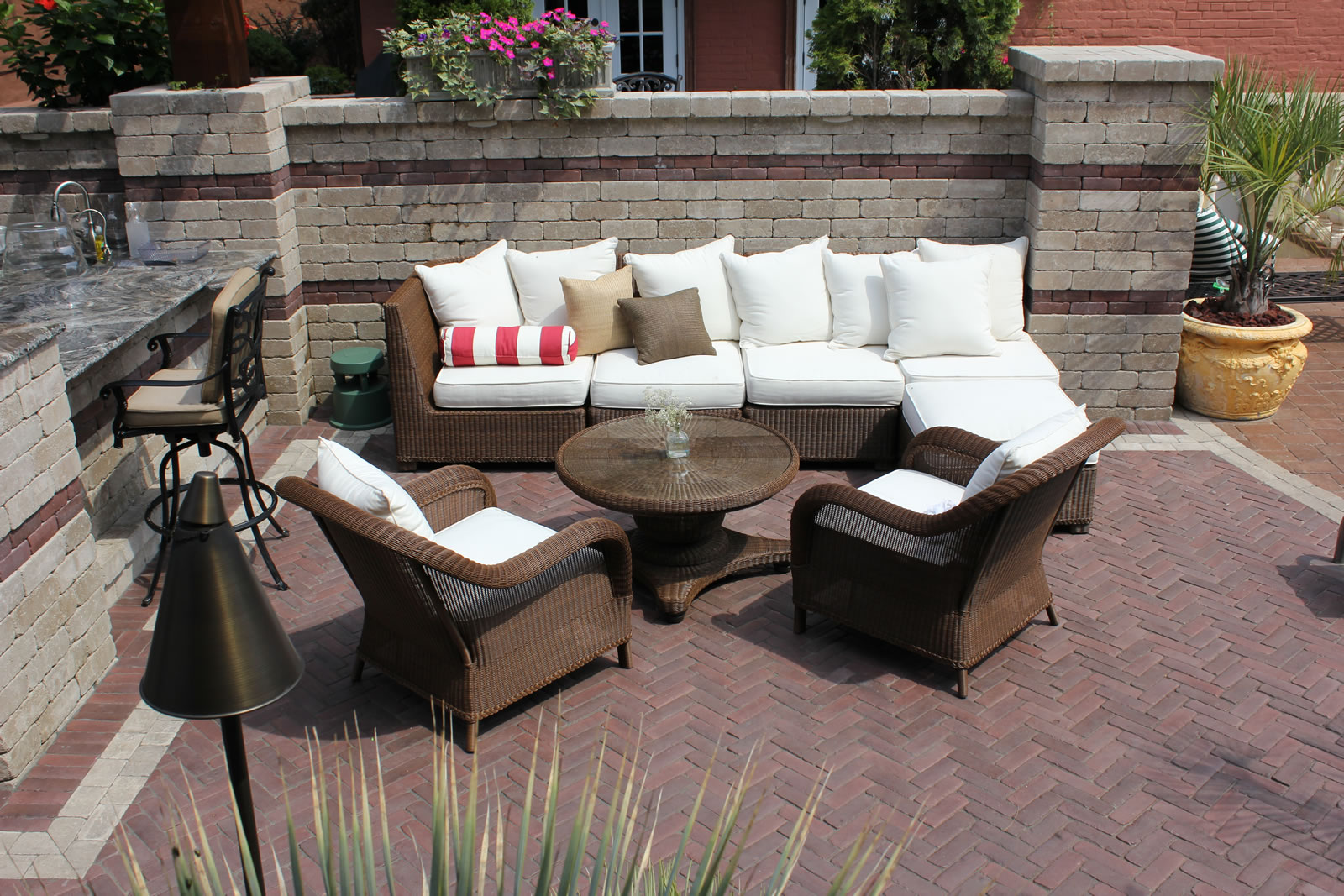3 Landscape Design Ideas for Making Your Oyster Bay, NY, Patio Feel More Secluded