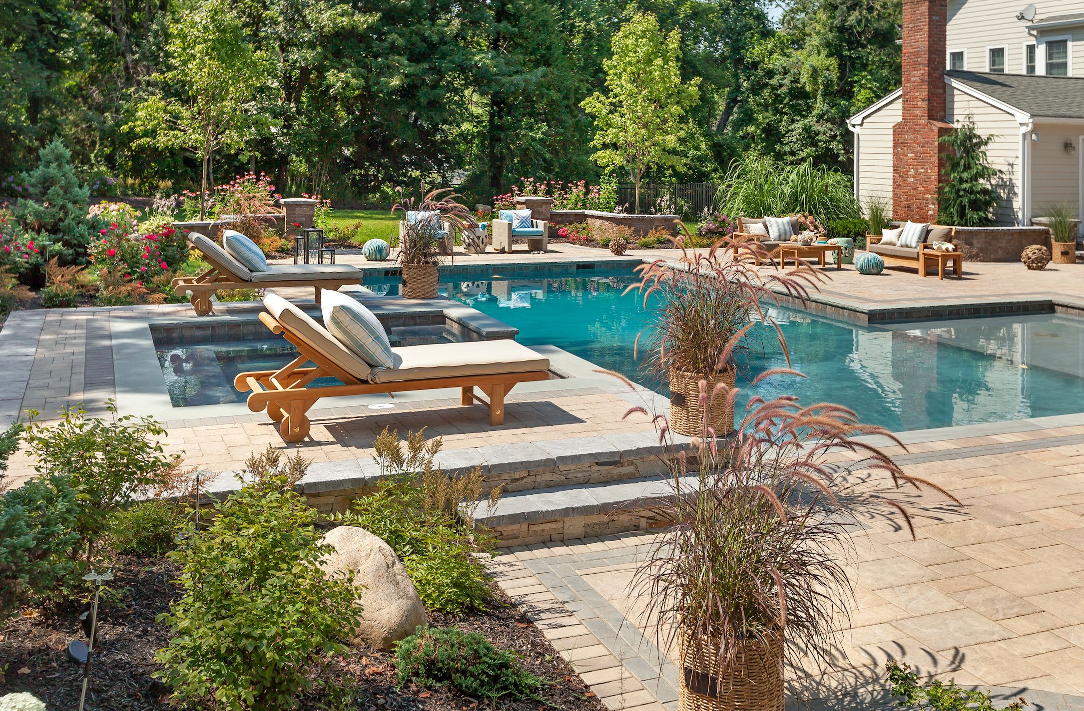 The Top Pool Trends for 2019 from a Gunite Pool Builder Westhampton, NY