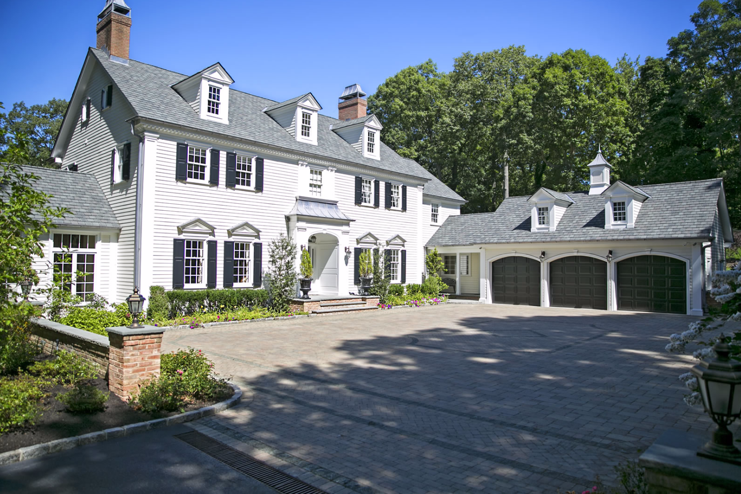 Landscaping Tips for the Summer and How We Can Help in Westhampton, NY