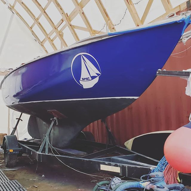 Beyond stoked with how the paint work is coming out this year! Tremilino launches the week of May 13th!  Reach out via DM or our websites contact form to sign up for classes 🙂👌 #SOPOSAIL #THETANK #BOATWORK #pearsonensign #ensign #ezpoxy #summer2019 #sailing #sailboat #painting