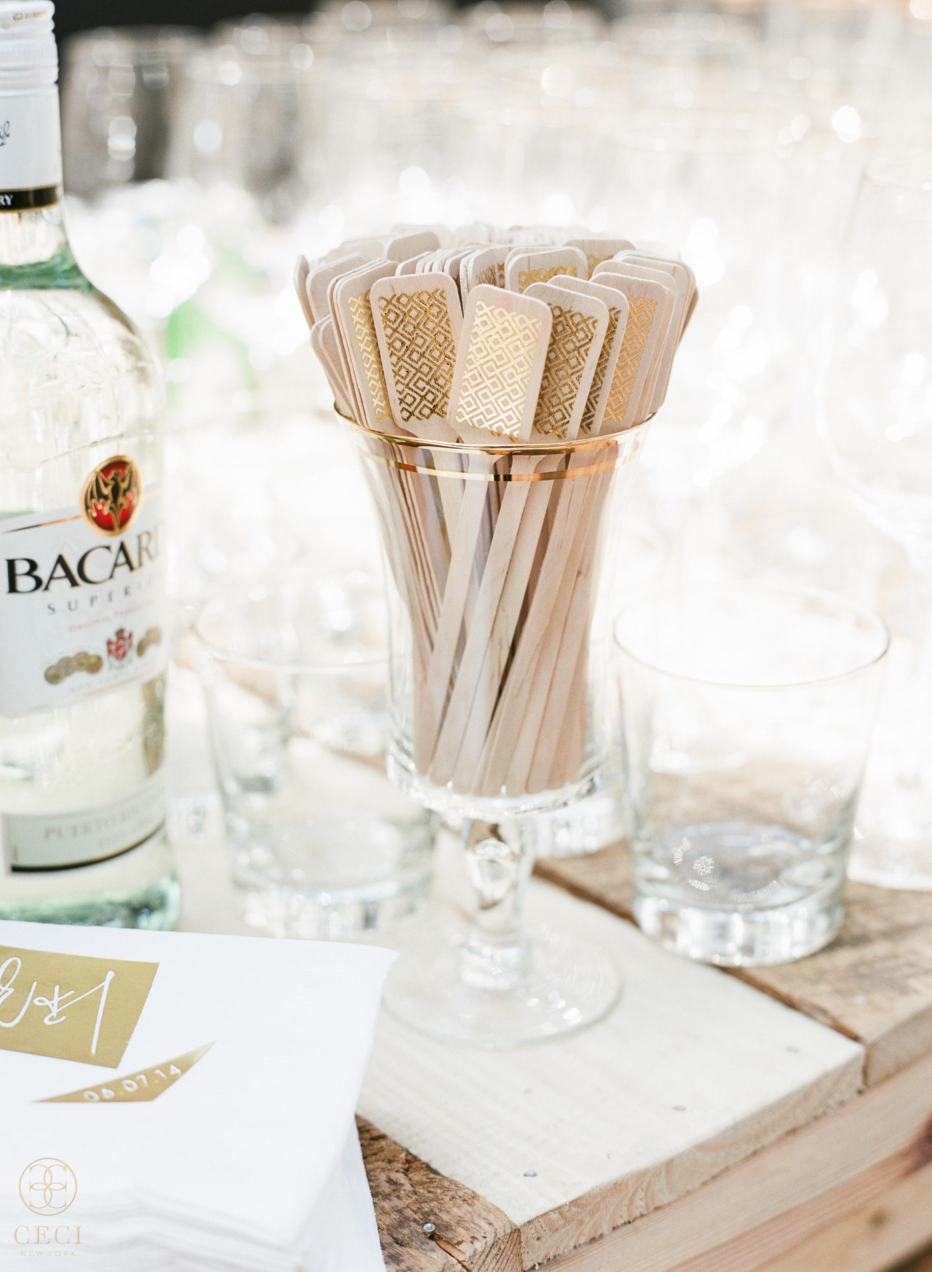 south_carolina_farm_wedding_rustic_chic_surprise_secret_luxe_wedding_bachelorette_emily_maynard_real_weddings_wedding_invitation_modern_viewfinder_3D_-2.jpg