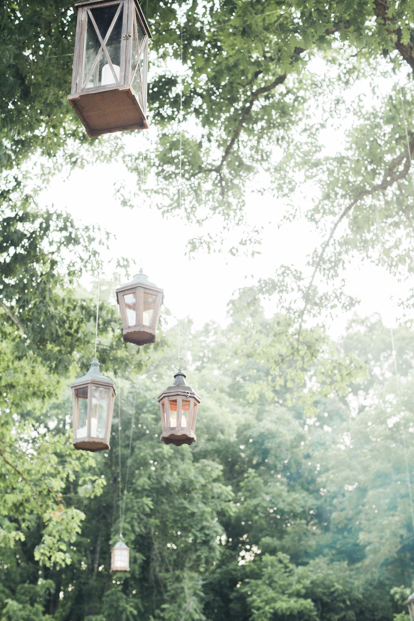 south_carolina_farm_wedding_rustic_chic_surprise_secret_luxe_wedding_bachelorette_emily_maynard_real_weddings-22.jpg