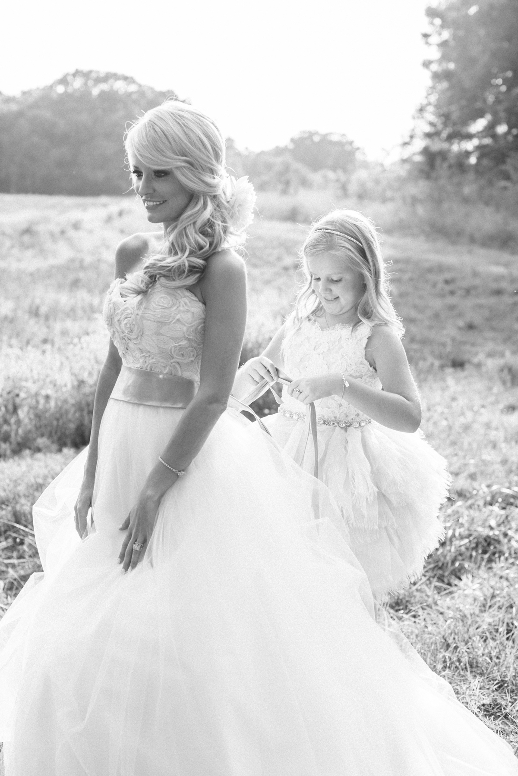 south_carolina_farm_wedding_rustic_chic_surprise_secret_luxe_wedding_bachelorette_emily_maynard_real_weddings-31.jpg