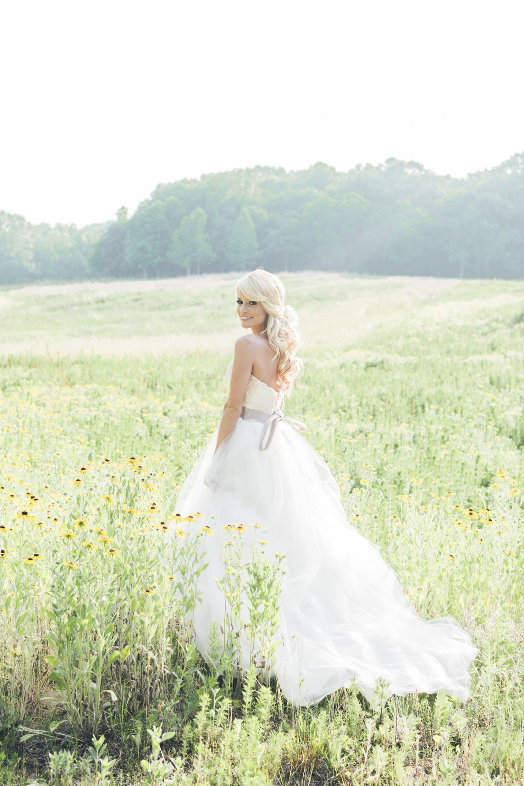 south_carolina_farm_wedding_rustic_chic_surprise_secret_luxe_wedding_bachelorette_emily_maynard_real_weddings-38.jpg