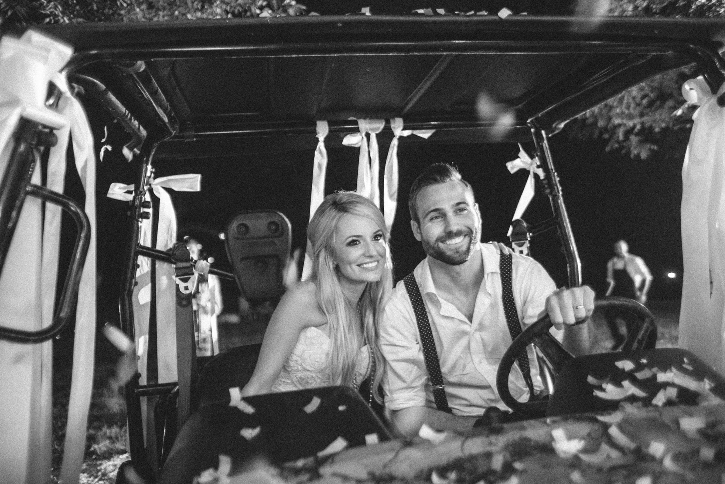 south_carolina_farm_wedding_rustic_chic_surprise_secret_luxe_wedding_bachelorette_emily_maynard_real_weddings-42.jpg