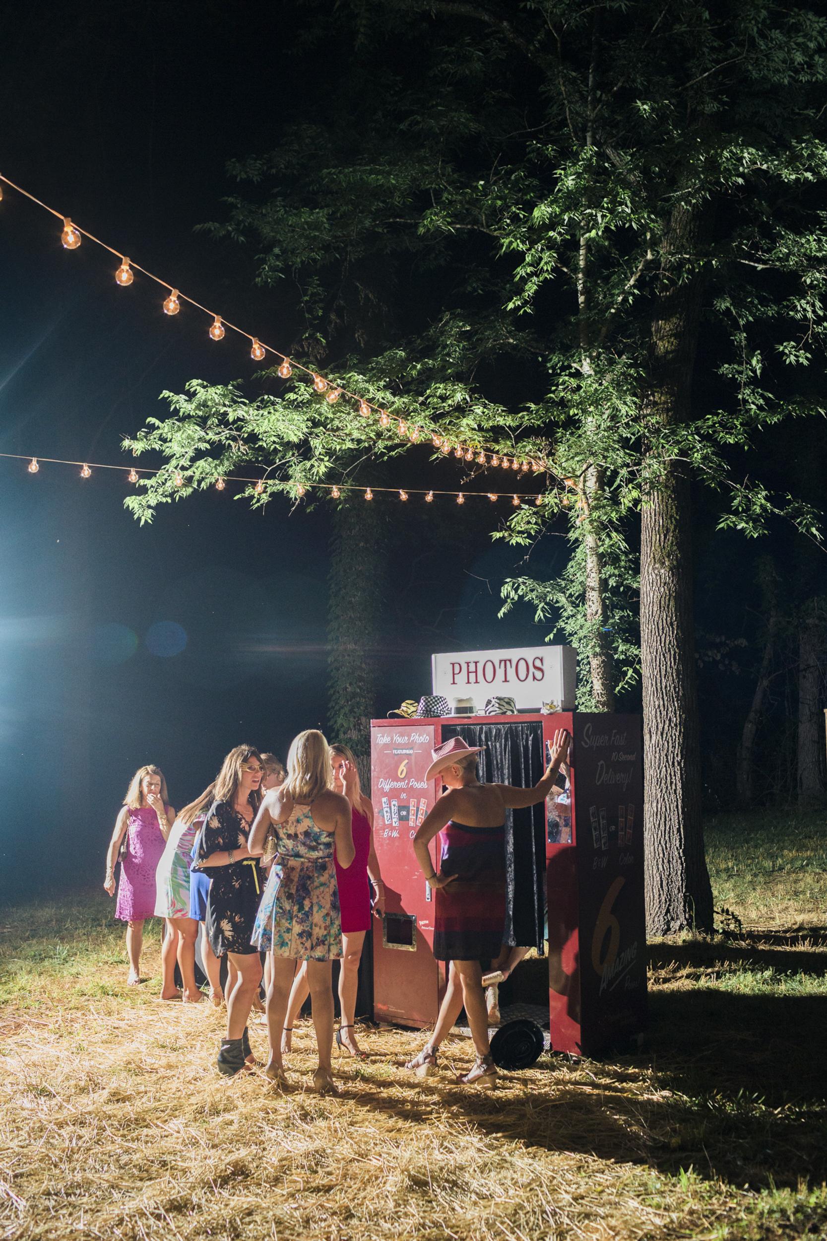 south_carolina_farm_wedding_rustic_chic_surprise_secret_luxe_wedding_bachelorette_emily_maynard_real_weddings-46.jpg