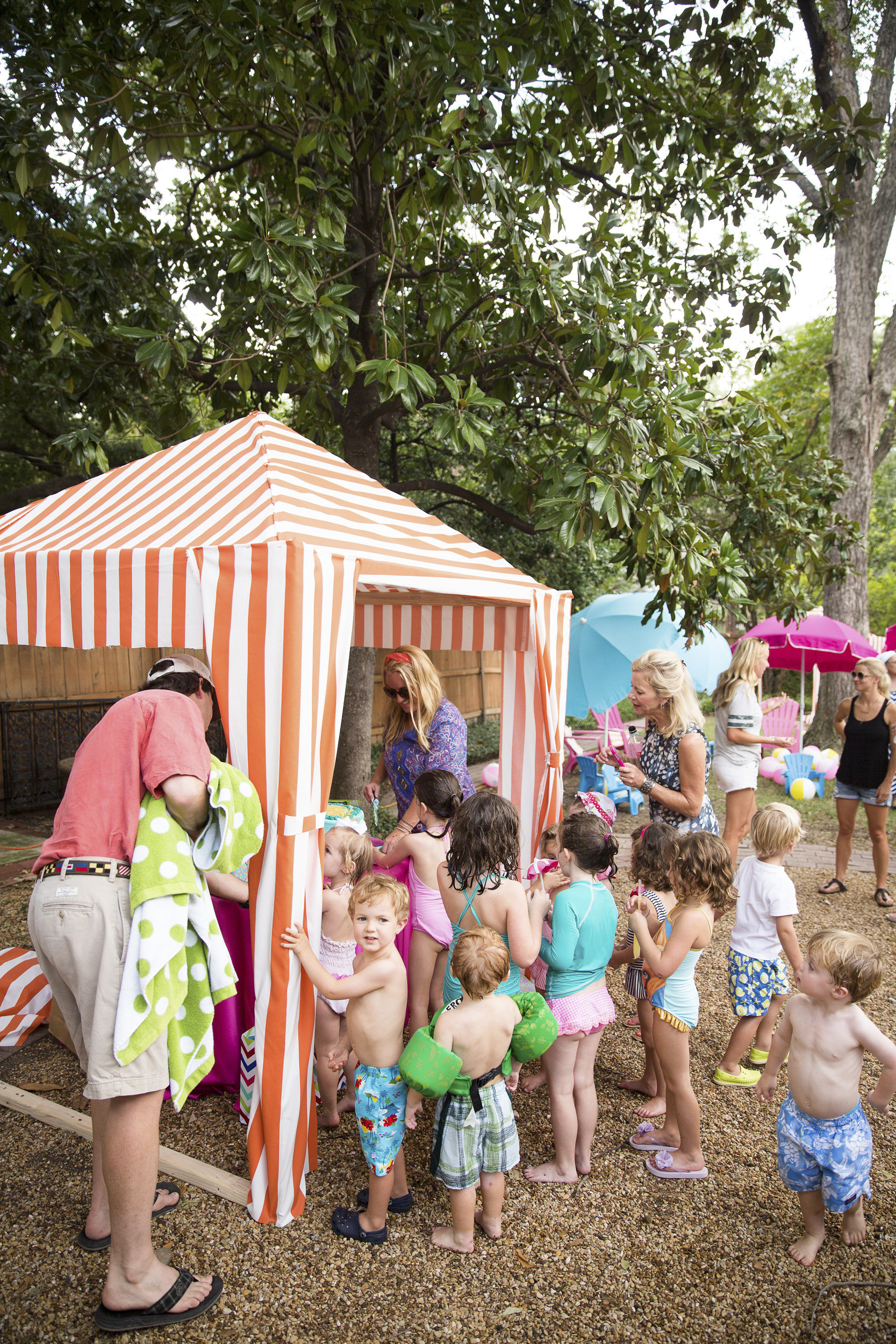 dallas_texas_birthday_party_mae_emily_clarke_events_kids_retro_pool_swim_endless_summer_invitations_ceci_new_york_watercolor_illustration_decor-31.jpg