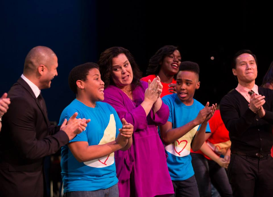 rosies_theater_kids_passing_it_on_event_ceci_new_york_philanthropy_non_profit_children_dance_music_arts_community_give_back_celebrate_new_york_city_rosie_odonnell_celebrity-26.jpg