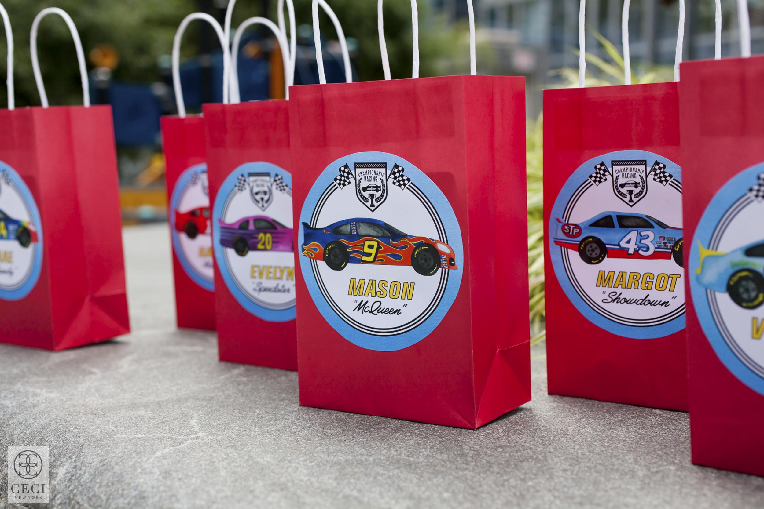 ceci_new_york_mason_ceci_johnson_race_car_birthday_party-2.jpg