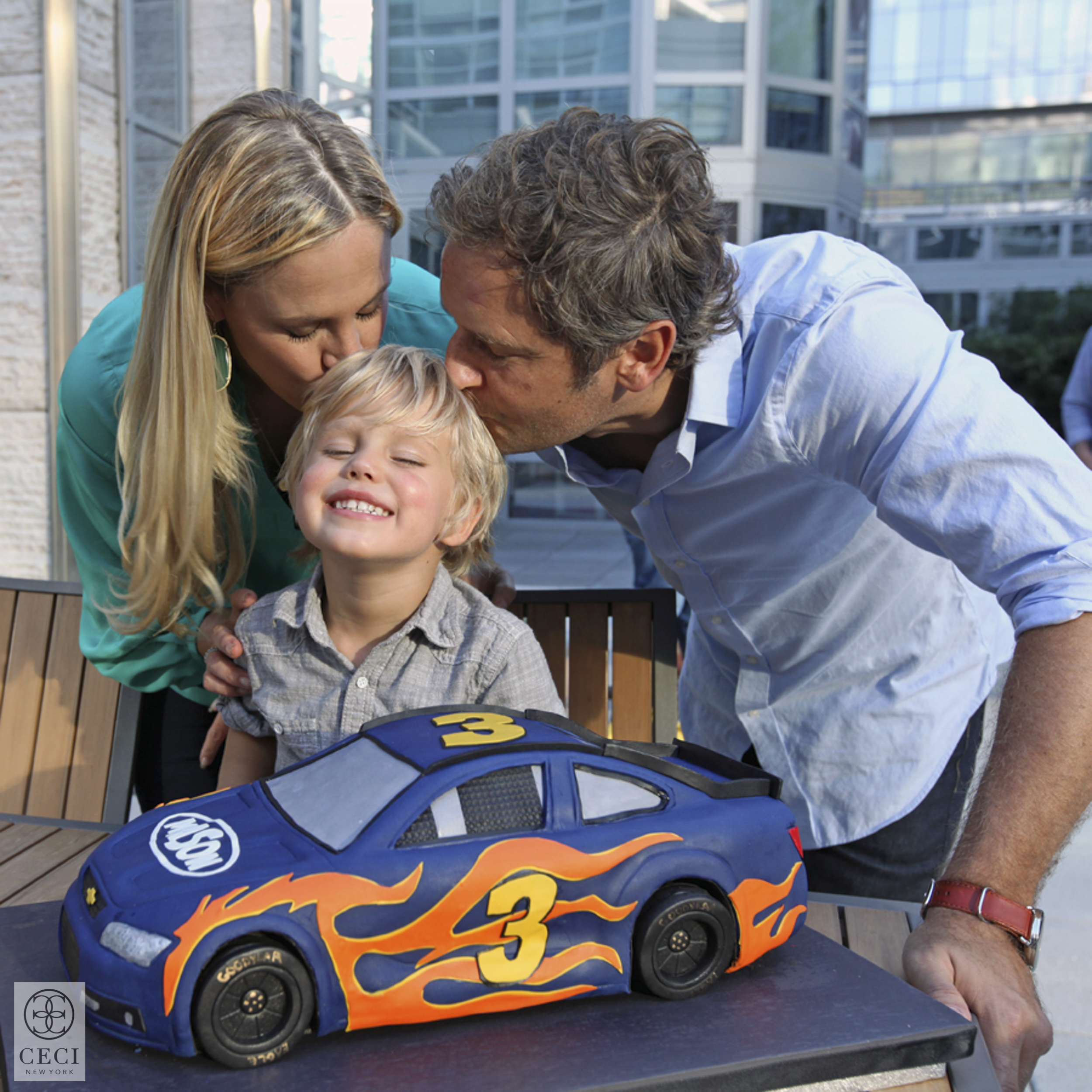 ceci_new_york_mason_ceci_johnson_race_car_birthday_party-1.jpg