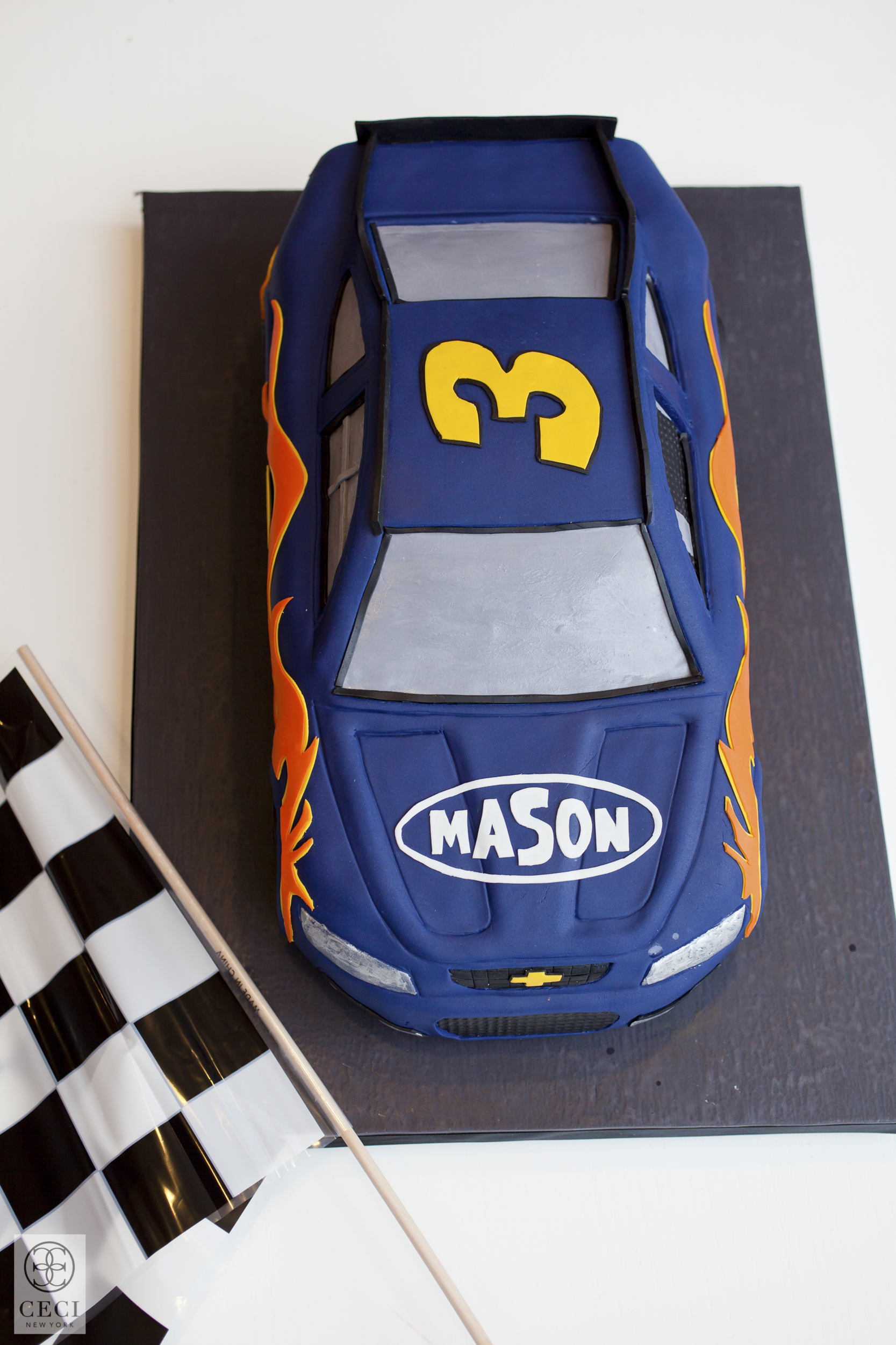 ceci_new_york_mason_ceci_johnson_race_car_birthday_party-4.jpg