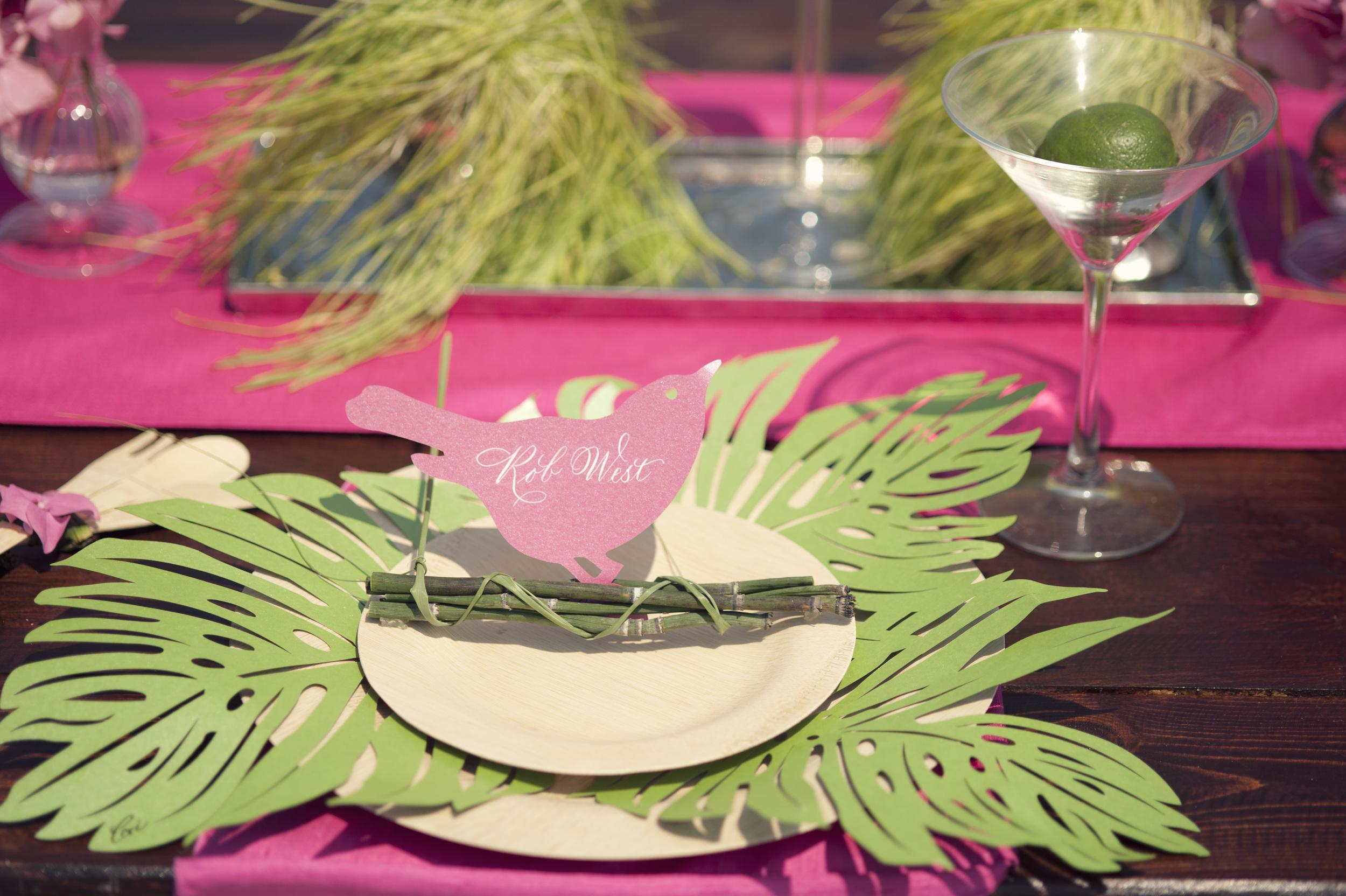 Ceci_New_York_Entertaining_Tabletop_Placemats_Palm_Leaf_Green_Style_Design_Lasercut_Entertaining_Lifestyle_2.jpg