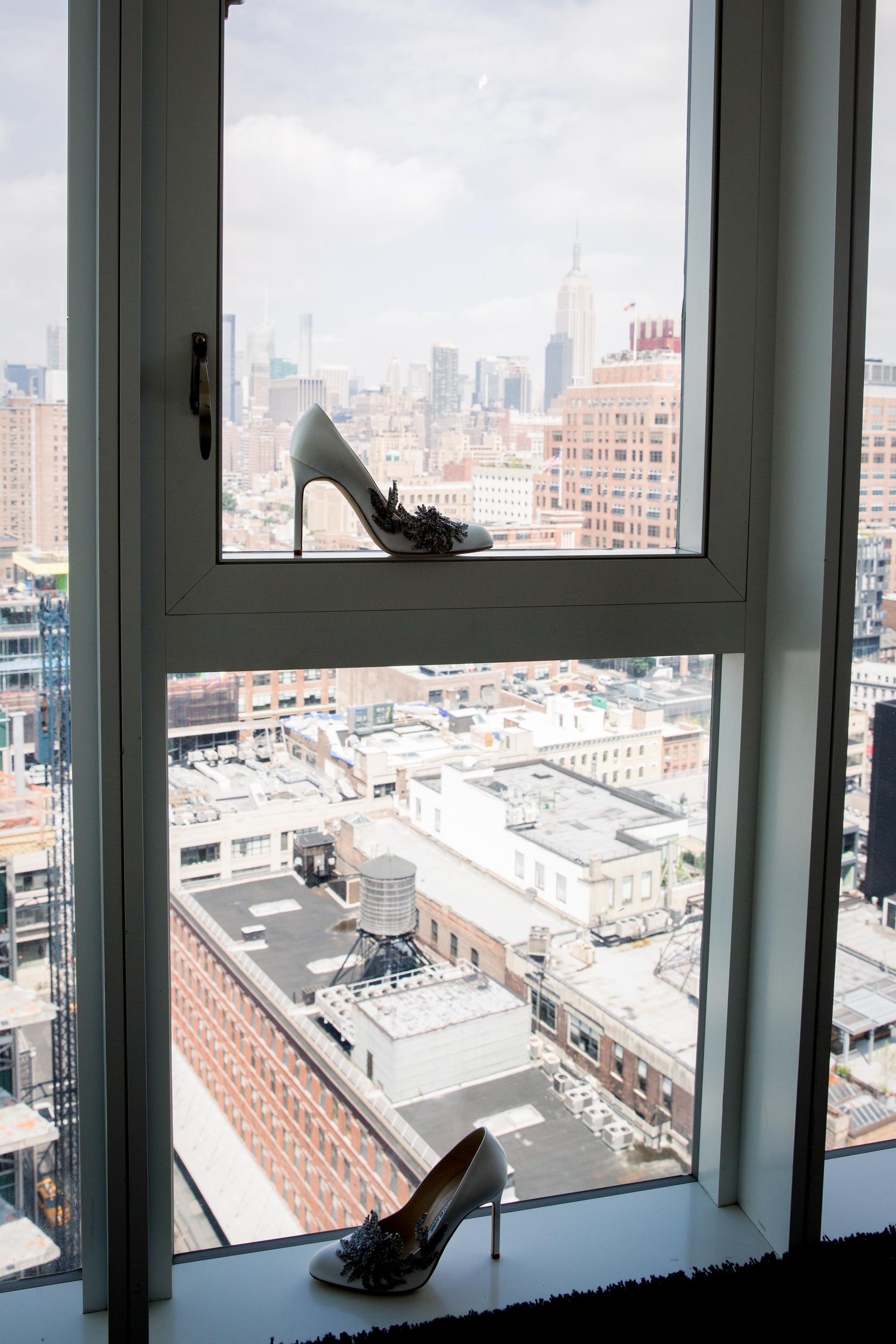 Ceci_New_York_Style_Luxury_Custom_Summer_Wedding_CeciBride_Letterpress_NewYork_Foil_Lighthouse_Chelsea_Piers_3.jpg
