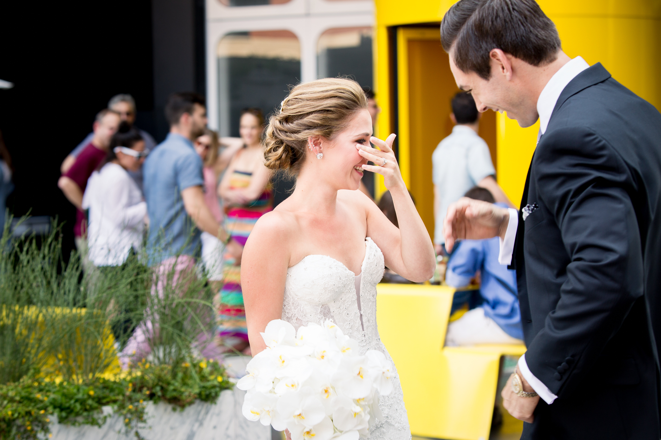 Ceci_New_York_Style_Luxury_Custom_Summer_Wedding_CeciBride_Letterpress_NewYork_Foil_Lighthouse_Chelsea_Piers_18.jpg