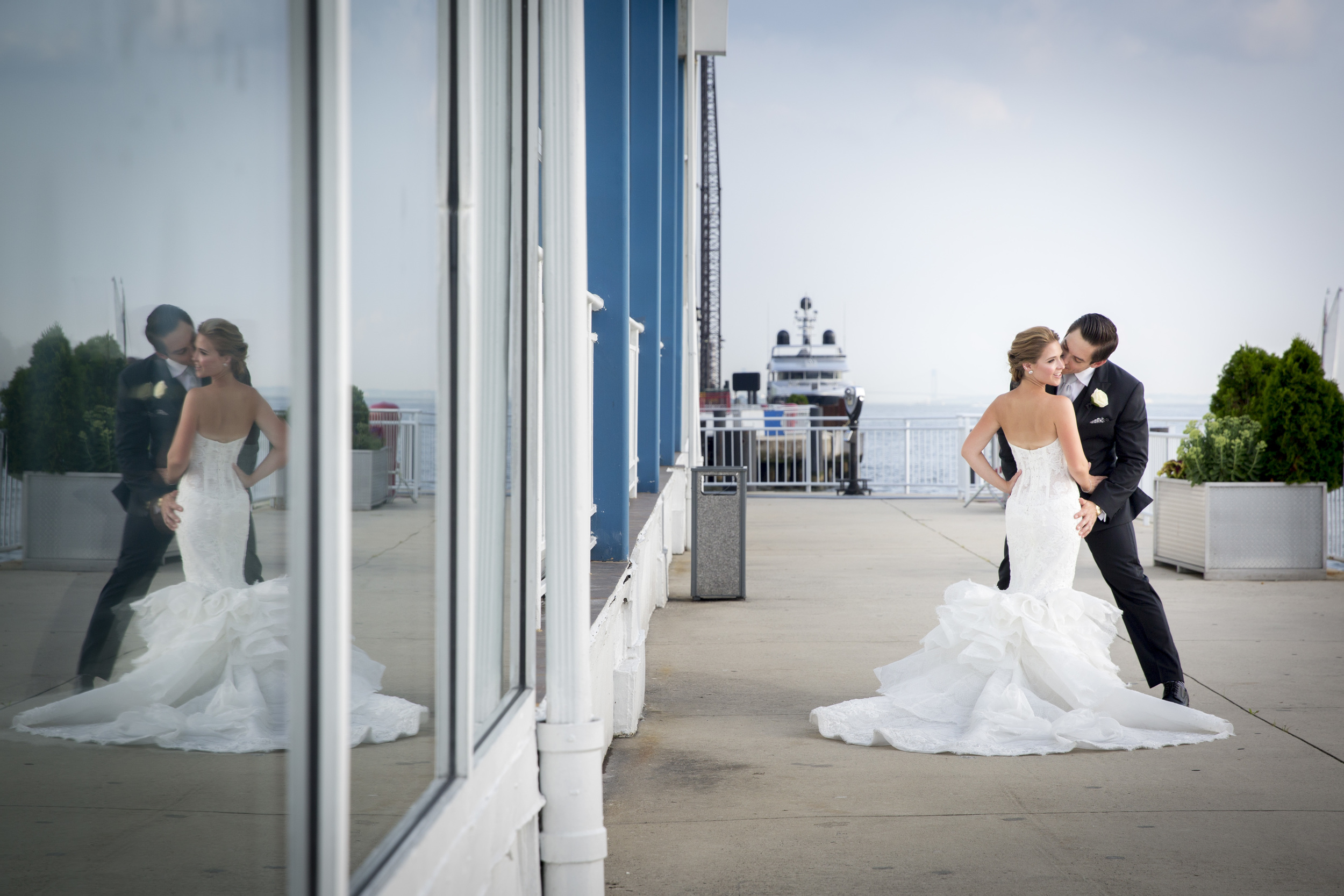 Ceci_New_York_Style_Luxury_Custom_Summer_Wedding_CeciBride_Letterpress_NewYork_Foil_Lighthouse_Chelsea_Piers_41.jpg