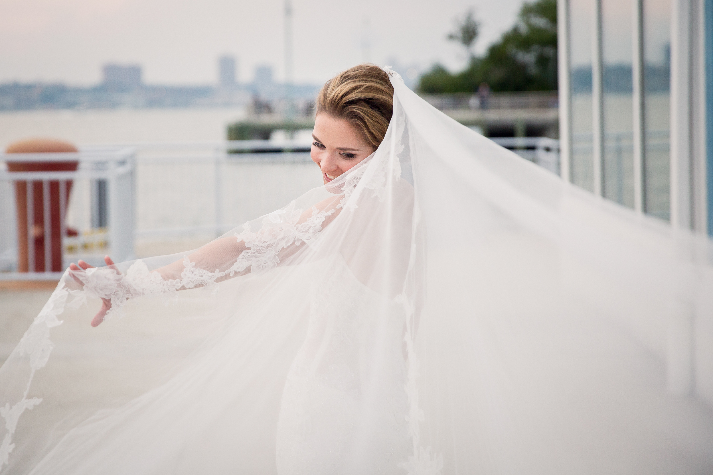 Ceci_New_York_Style_Luxury_Custom_Summer_Wedding_CeciBride_Letterpress_NewYork_Foil_Lighthouse_Chelsea_Piers_55.jpg