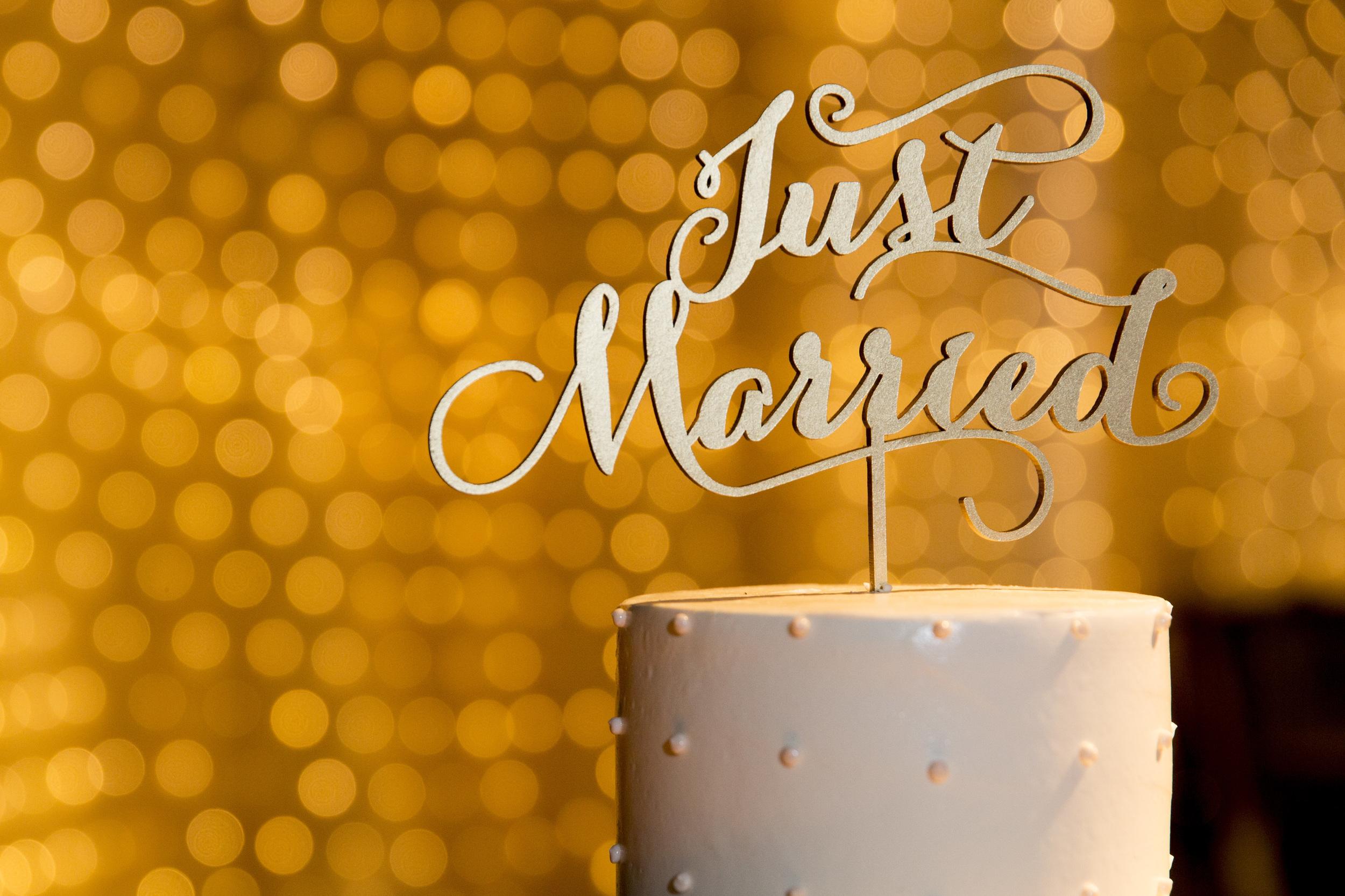 Ceci_New_York_Style_Luxury_Custom_Summer_Wedding_CeciBride_Letterpress_NewYork_Foil_Lighthouse_Chelsea_Piers_88.jpg