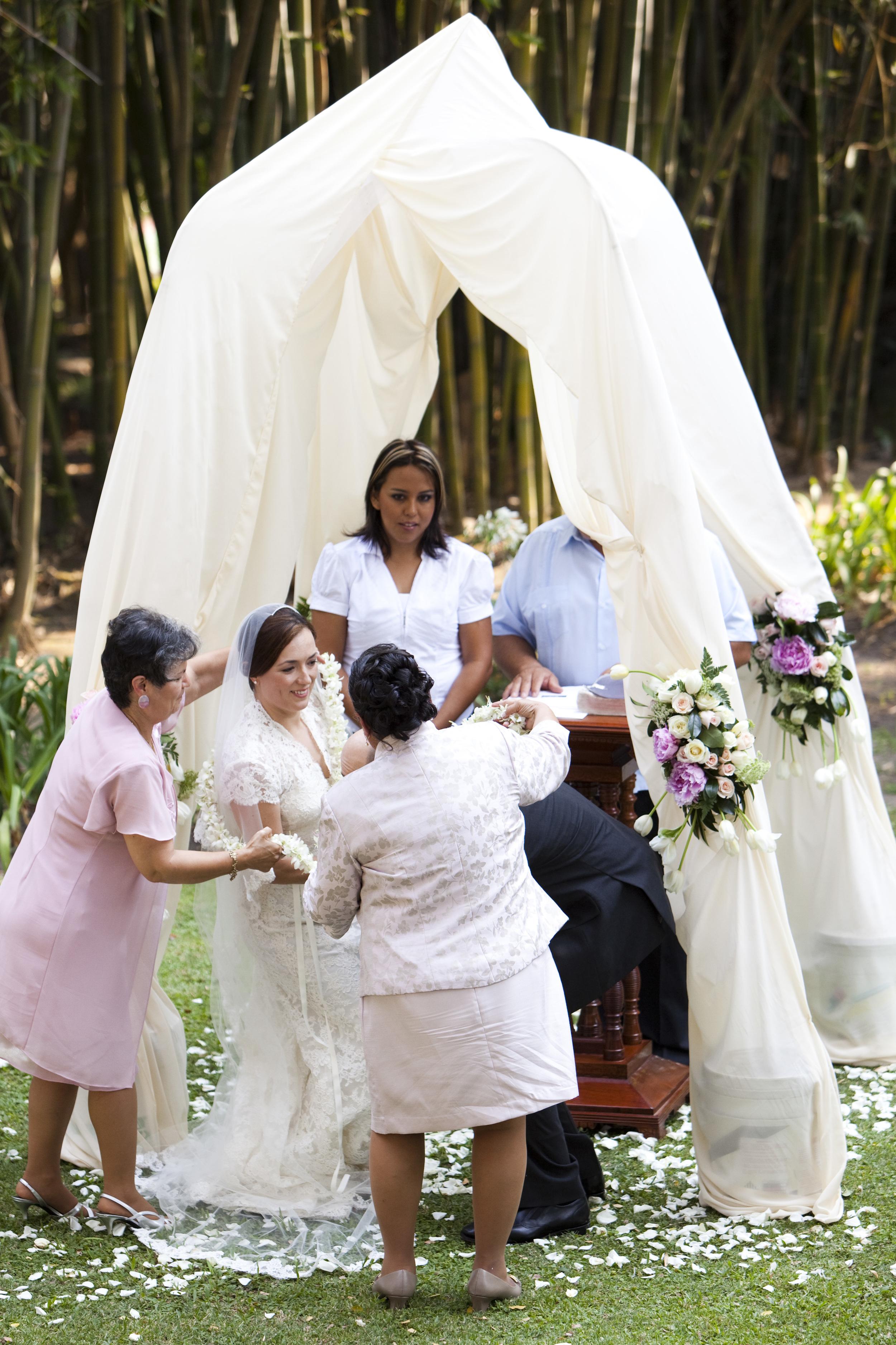 Ceci_New_York_Style_Luxury_Custom_Mexico_Wedding_CeciBride_Letterpress_NewYork_Foil_Hacienda_de_San_Antonio_21.jpg