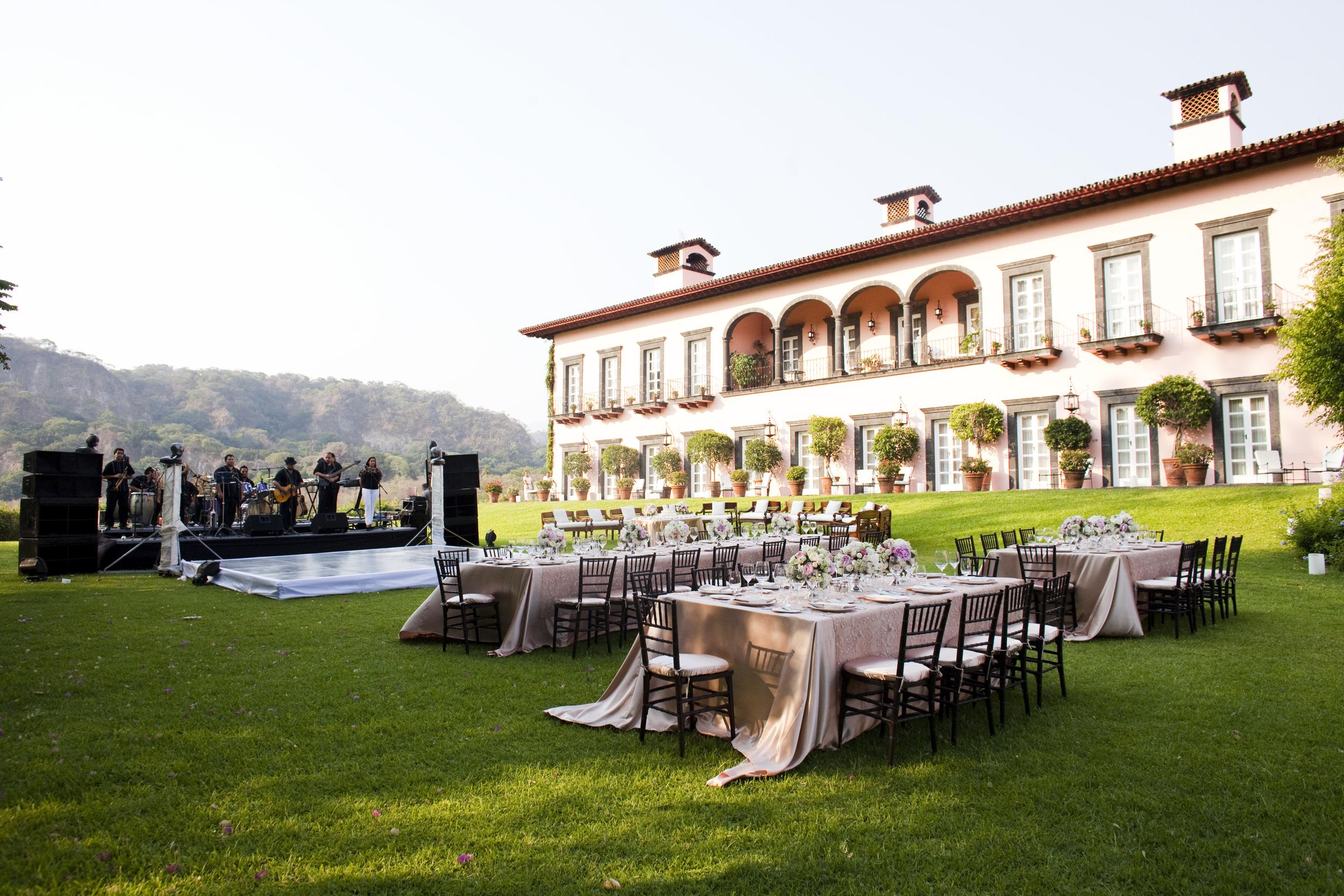 Ceci_New_York_Style_Luxury_Custom_Mexico_Wedding_CeciBride_Letterpress_NewYork_Foil_Hacienda_de_San_Antonio_39.jpg