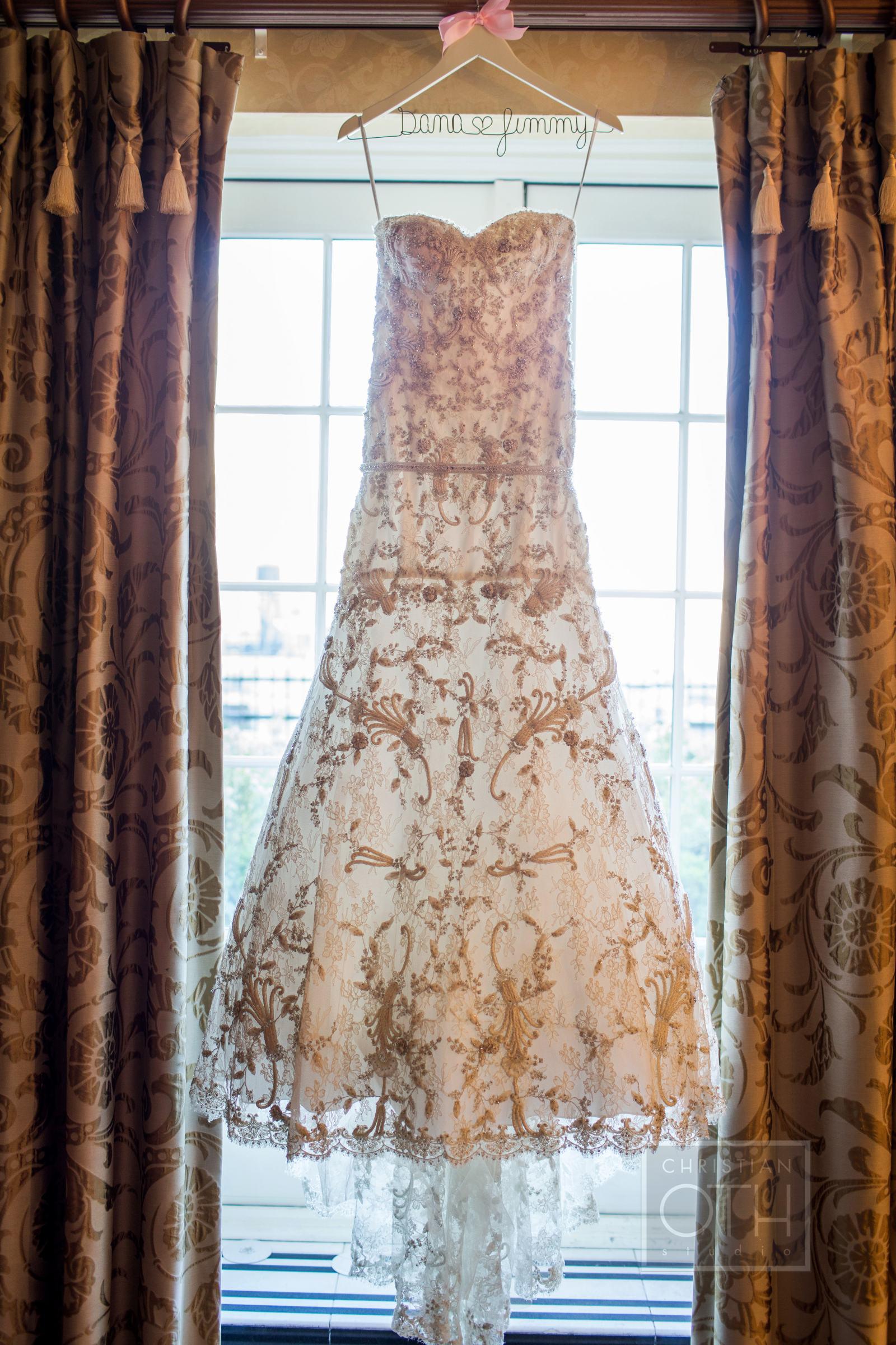 Ceci_New_York_Custom_Invitation_Pierre__City_ Destination_Wedding_Luxury_Personalized_Ceci_Style_Bride_Rose_Gold_Foil_Stamping9.JPG
