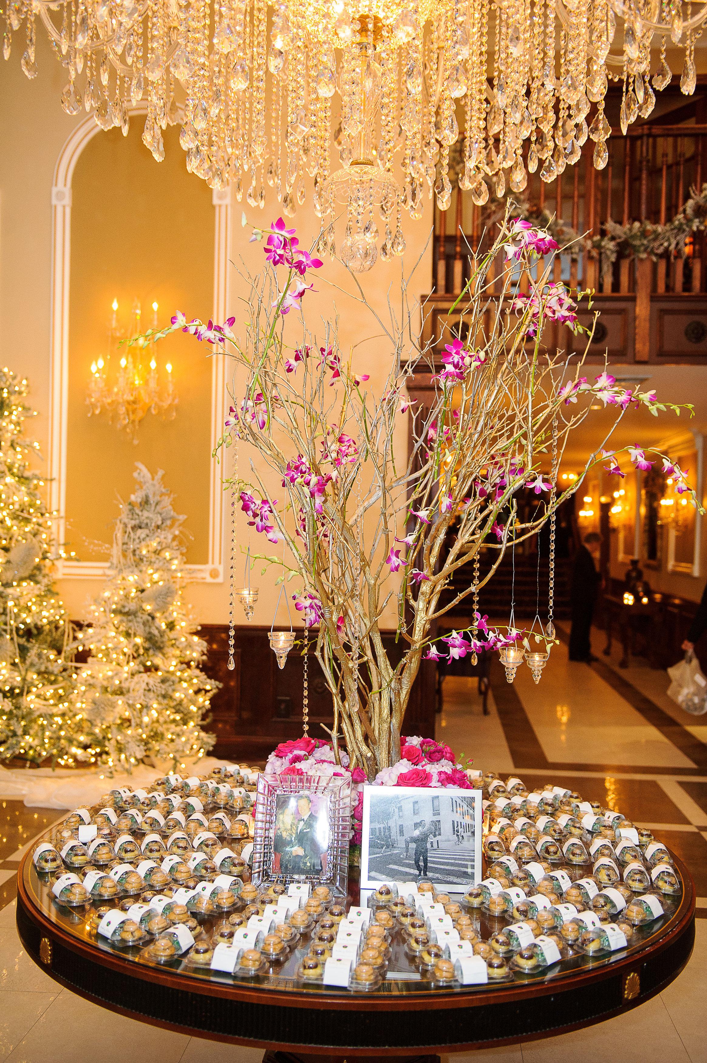 Ceci_New_York_Custom_Invitation_ New_Jersey_Wedding_Luxury_Personalized_Ceci_Style_Bride_Foil_Stamping129.JPG