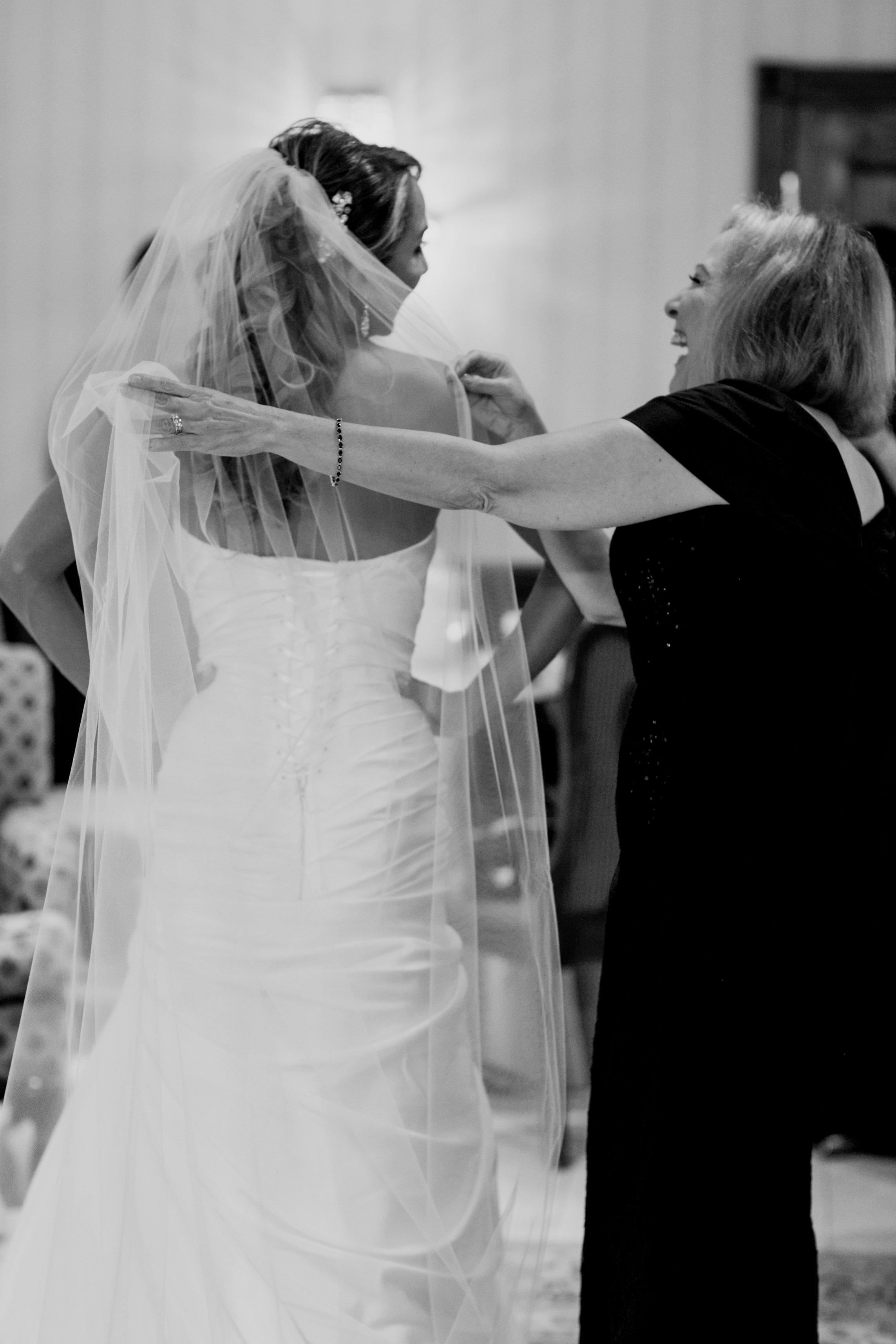 Ceci_New_York_Custom_Invitation_ New_Jersey_Wedding_Luxury_Personalized_Ceci_Style_Bride_Foil_Stamping14.jpg