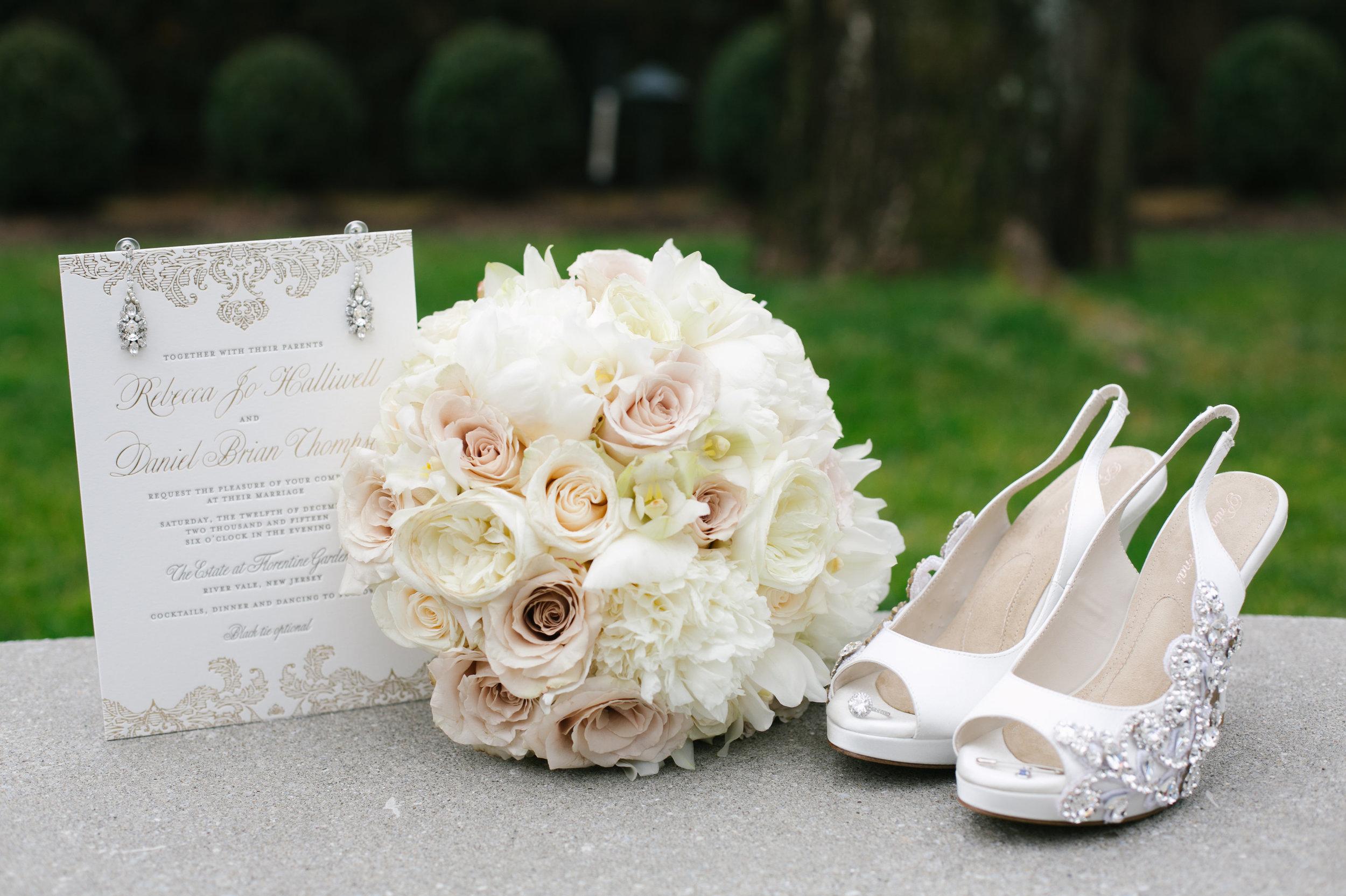 Ceci_New_York_Custom_Invitation_ New_Jersey_Wedding_Luxury_Personalized_Ceci_Style_Bride_Foil_Stamping6.jpg