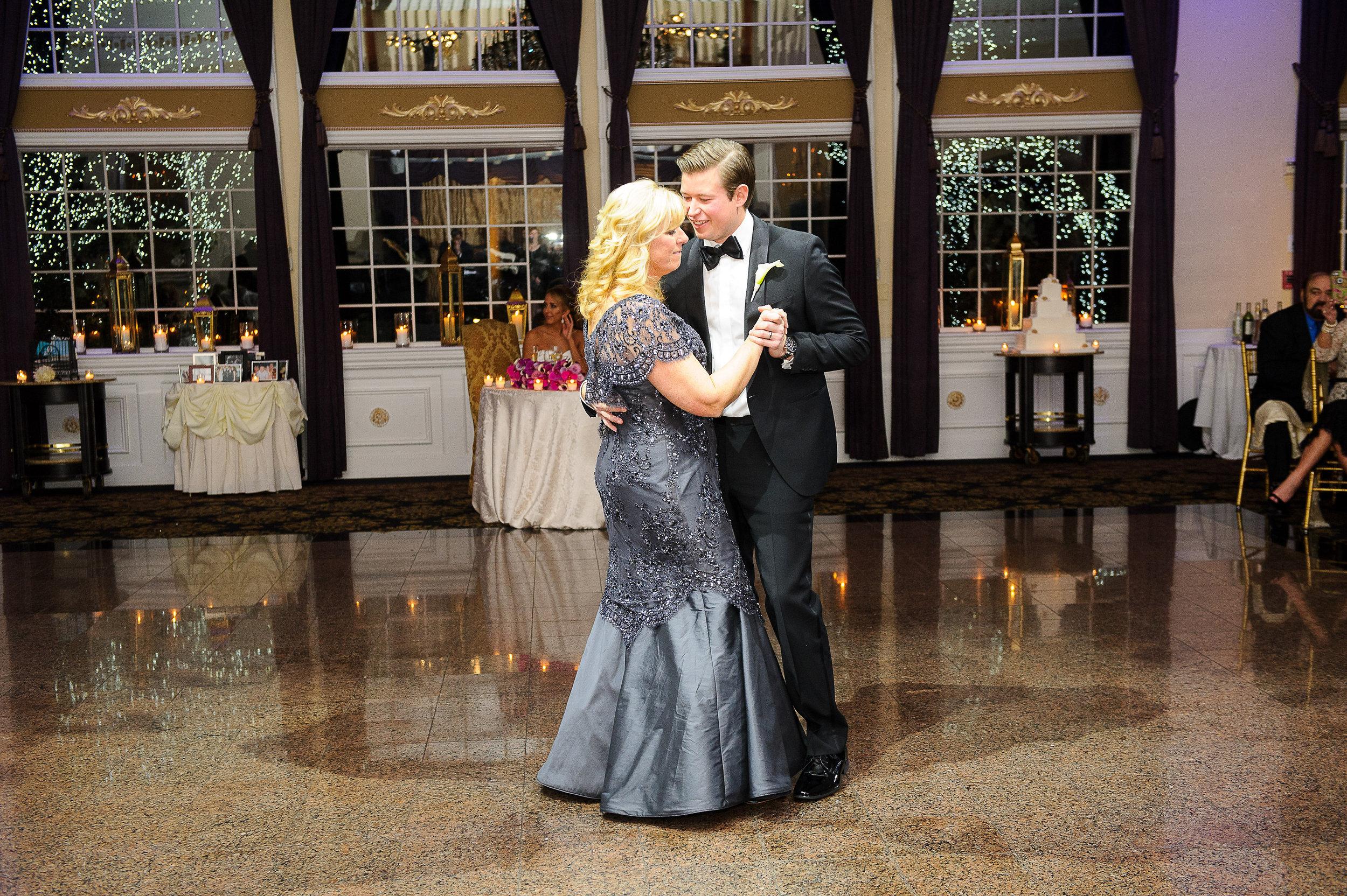 Ceci_New_York_Custom_Invitation_ New_Jersey_Wedding_Luxury_Personalized_Ceci_Style_Bride_Foil_Stamping119.JPG