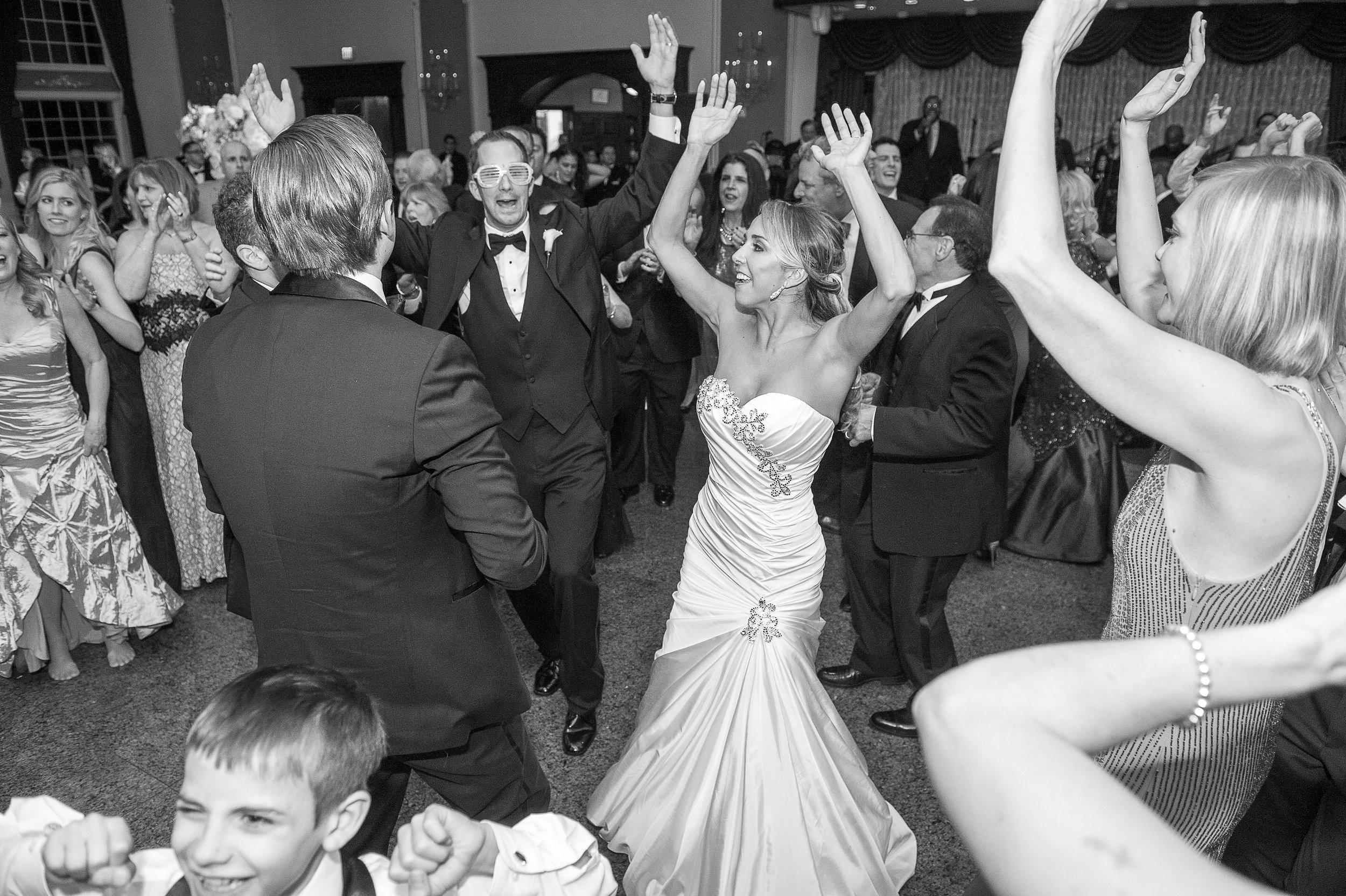Ceci_New_York_Custom_Invitation_ New_Jersey_Wedding_Luxury_Personalized_Ceci_Style_Bride_Foil_Stamping123.JPG