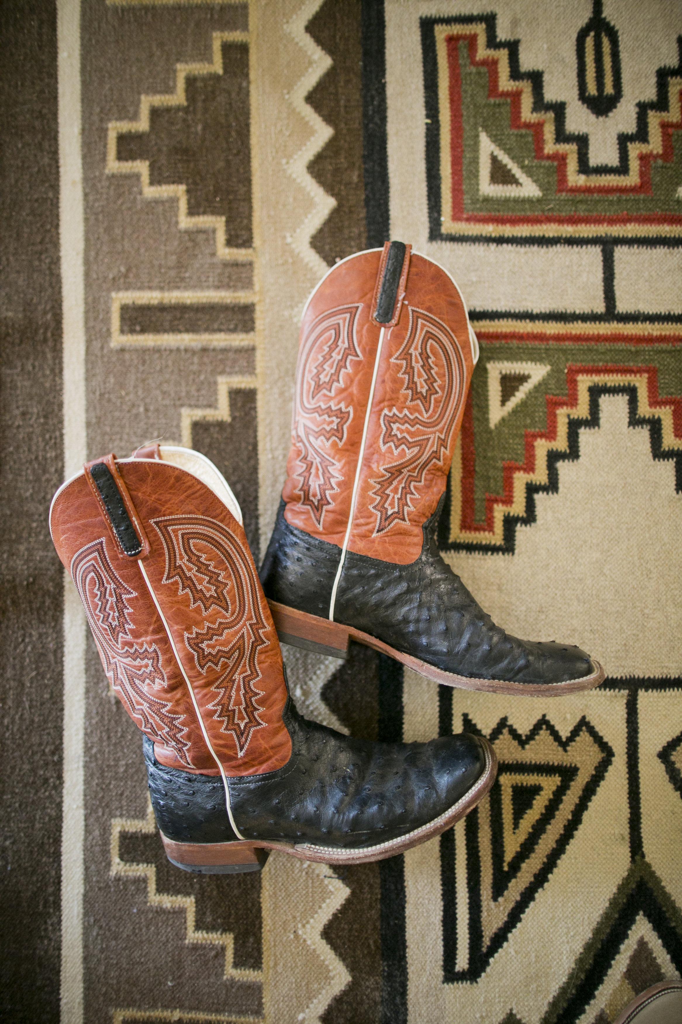 Ceci_New_York_Ceci_Style_Ceci_Johnson_Luxury_Lifestyle_Arizona_Wedding_Watercolor_Inspiration_Design_Custom_Couture_Personalized_Invitations_14.jpg