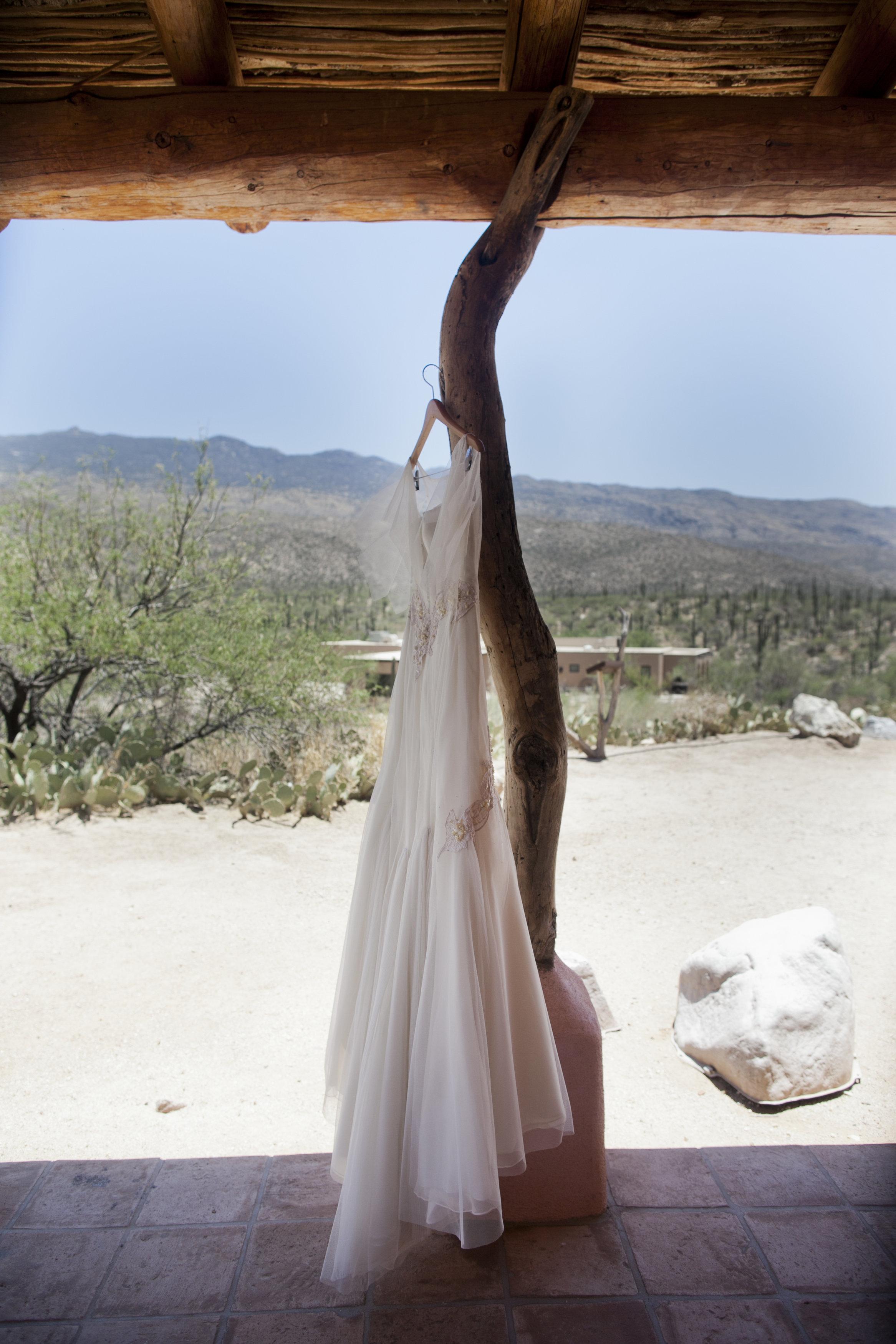 Ceci_New_York_Ceci_Style_Ceci_Johnson_Luxury_Lifestyle_Arizona_Wedding_Watercolor_Inspiration_Design_Custom_Couture_Personalized_Invitations_17.jpg