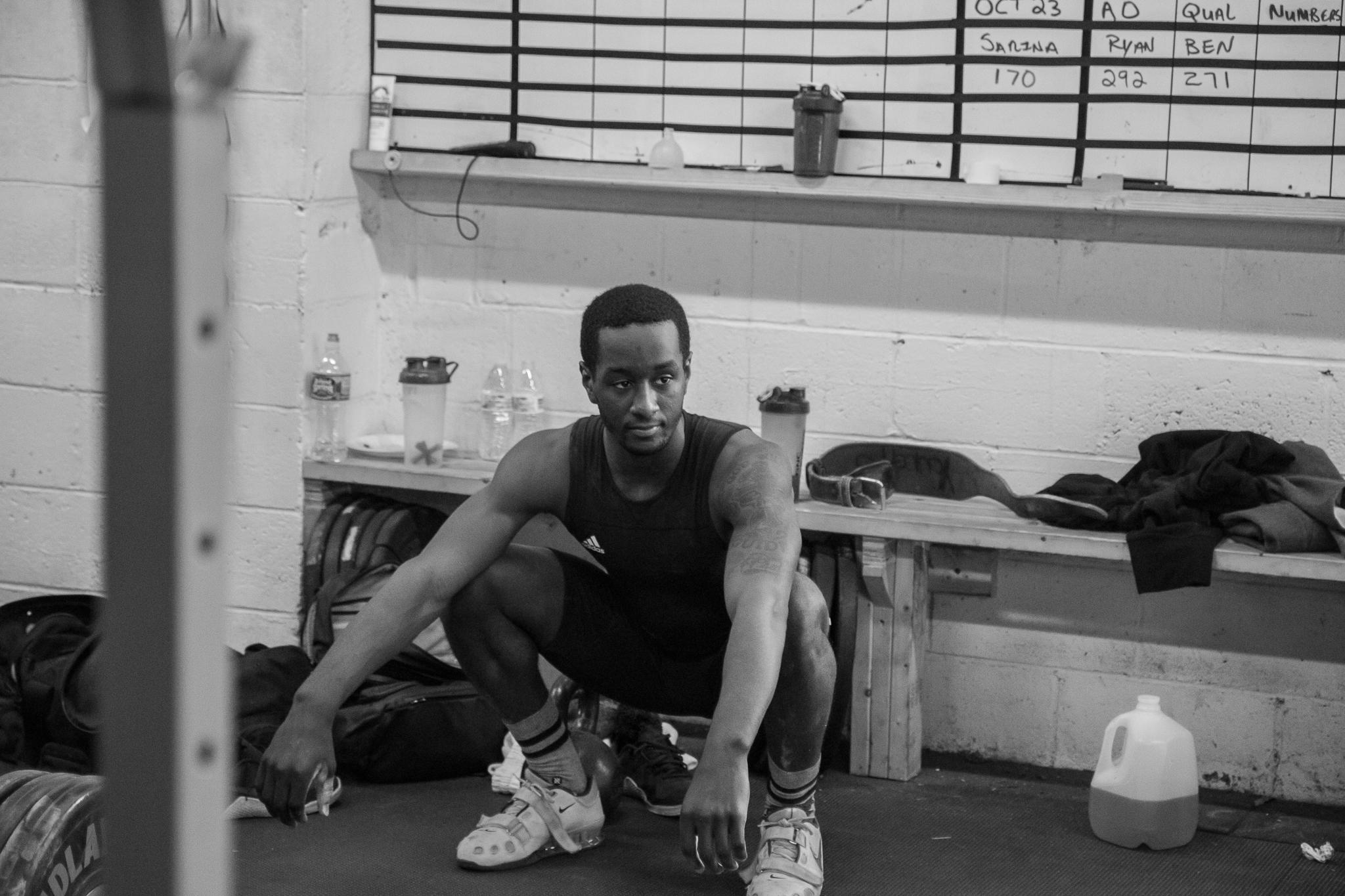 men-warwick-new-york-intrepid-strength-conditioning-winter-open-weightlifting-meet-weightlifting-photography (23 of 24).jpg