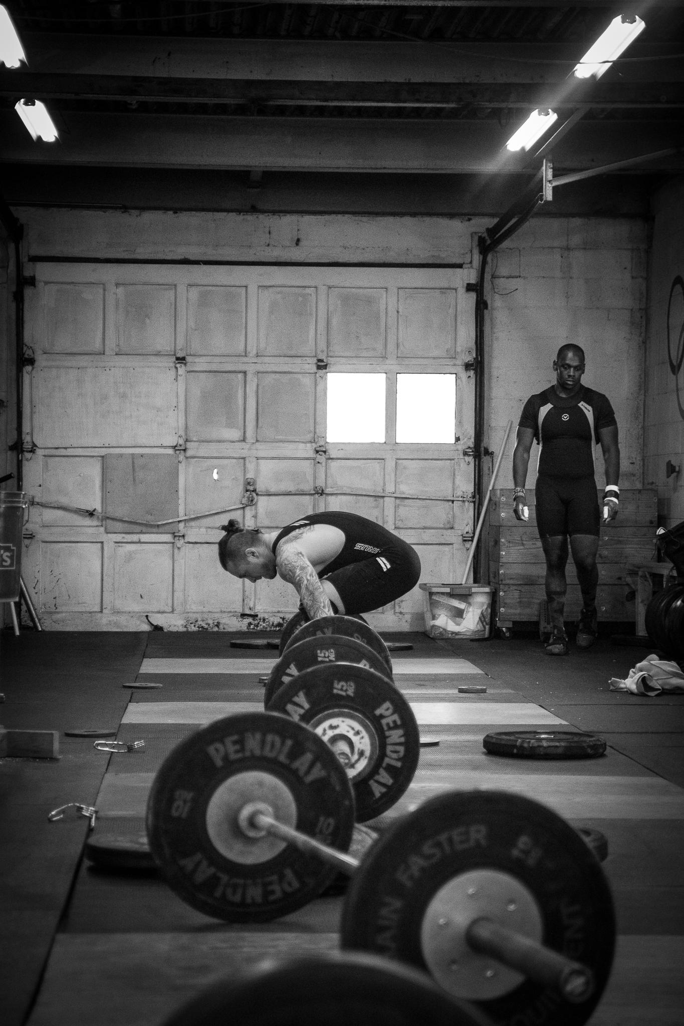 men-warwick-new-york-intrepid-strength-conditioning-winter-open-weightlifting-meet-weightlifting-photography (12 of 24).jpg