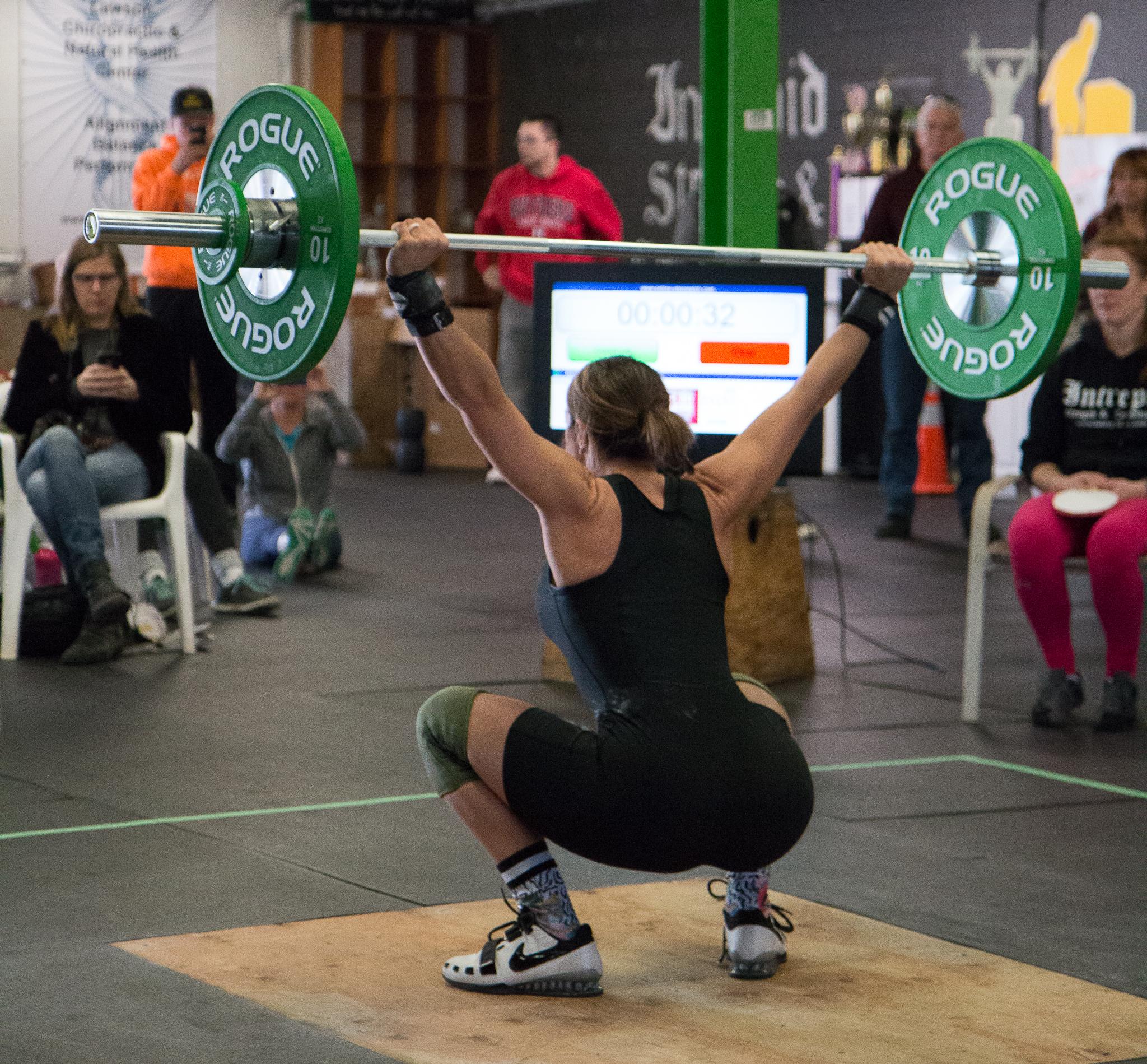 4-men-warwick-new-york-intrepid-strength-conditioning-winter-open-weightlifting-meet-weightlifting-photography (3 of 7).jpg