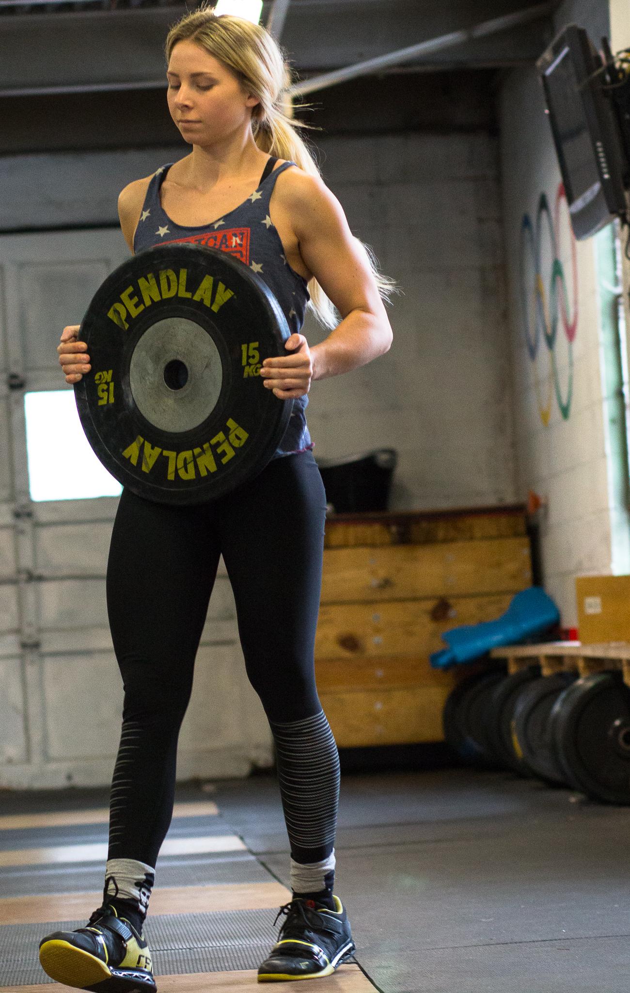 allie-weightlifter (14 of 16).jpg