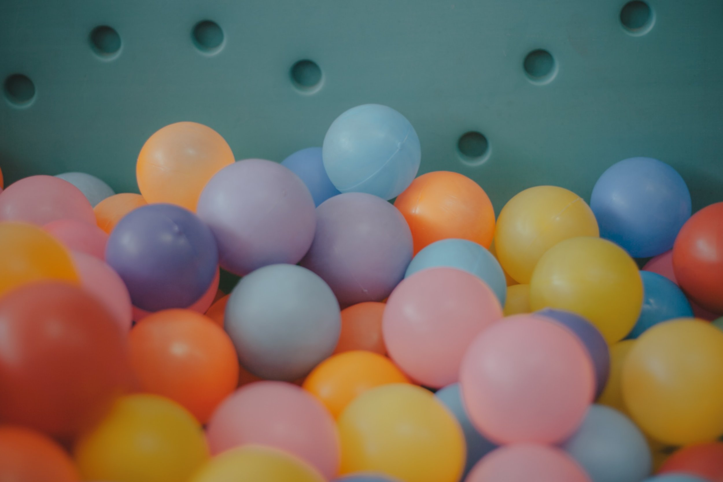 Ball pit and balls.jpg