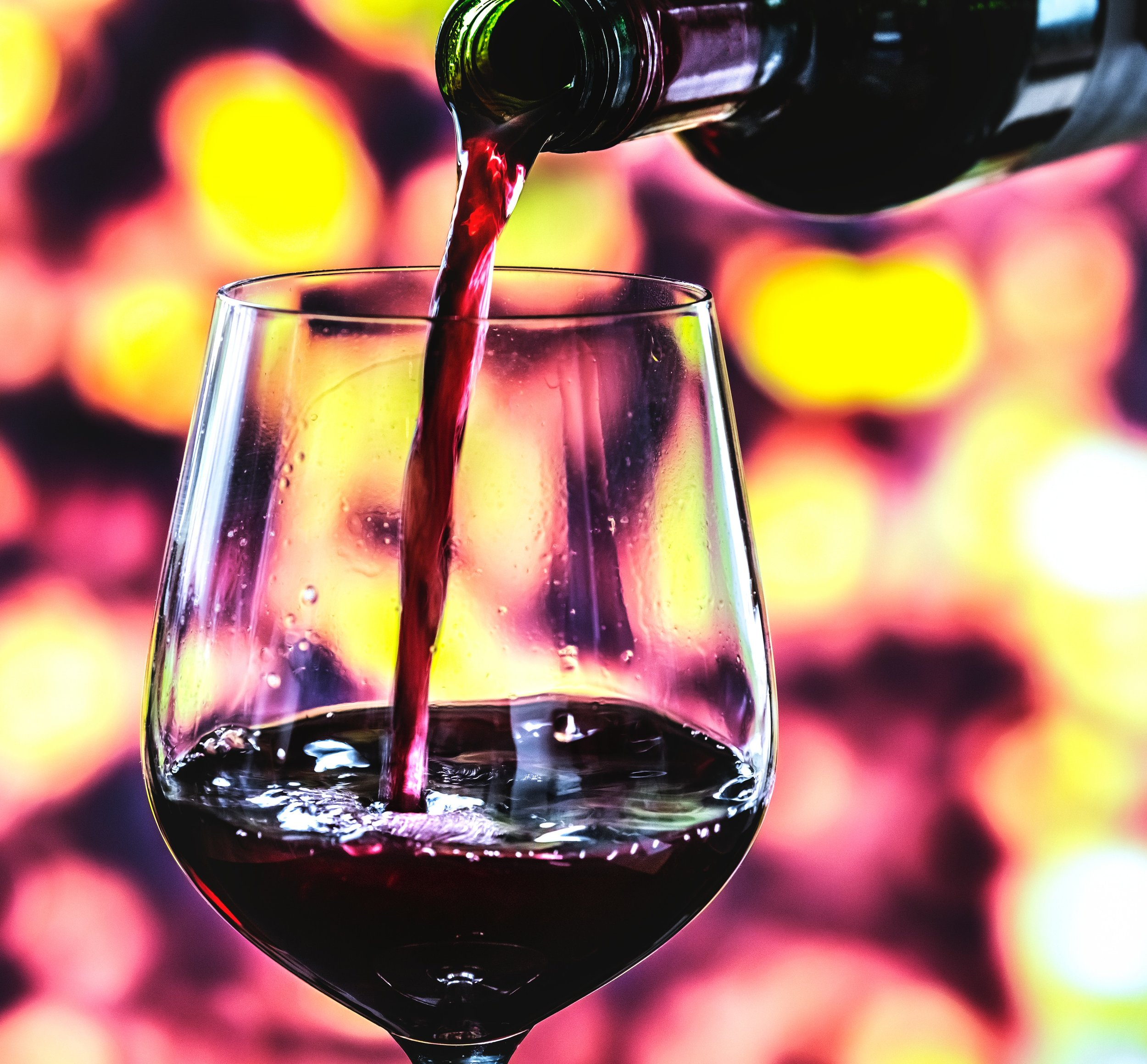 alcohol-beverage-blurred-background-1642765.jpg