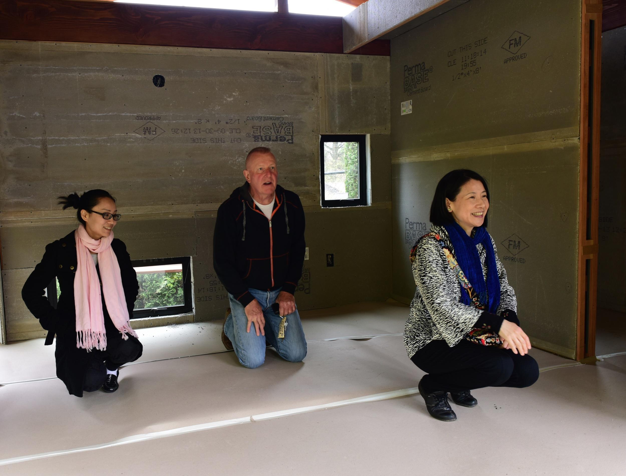 Xuemei Wan, student of tea, and tea master Megumi Unno visit in April 2015.