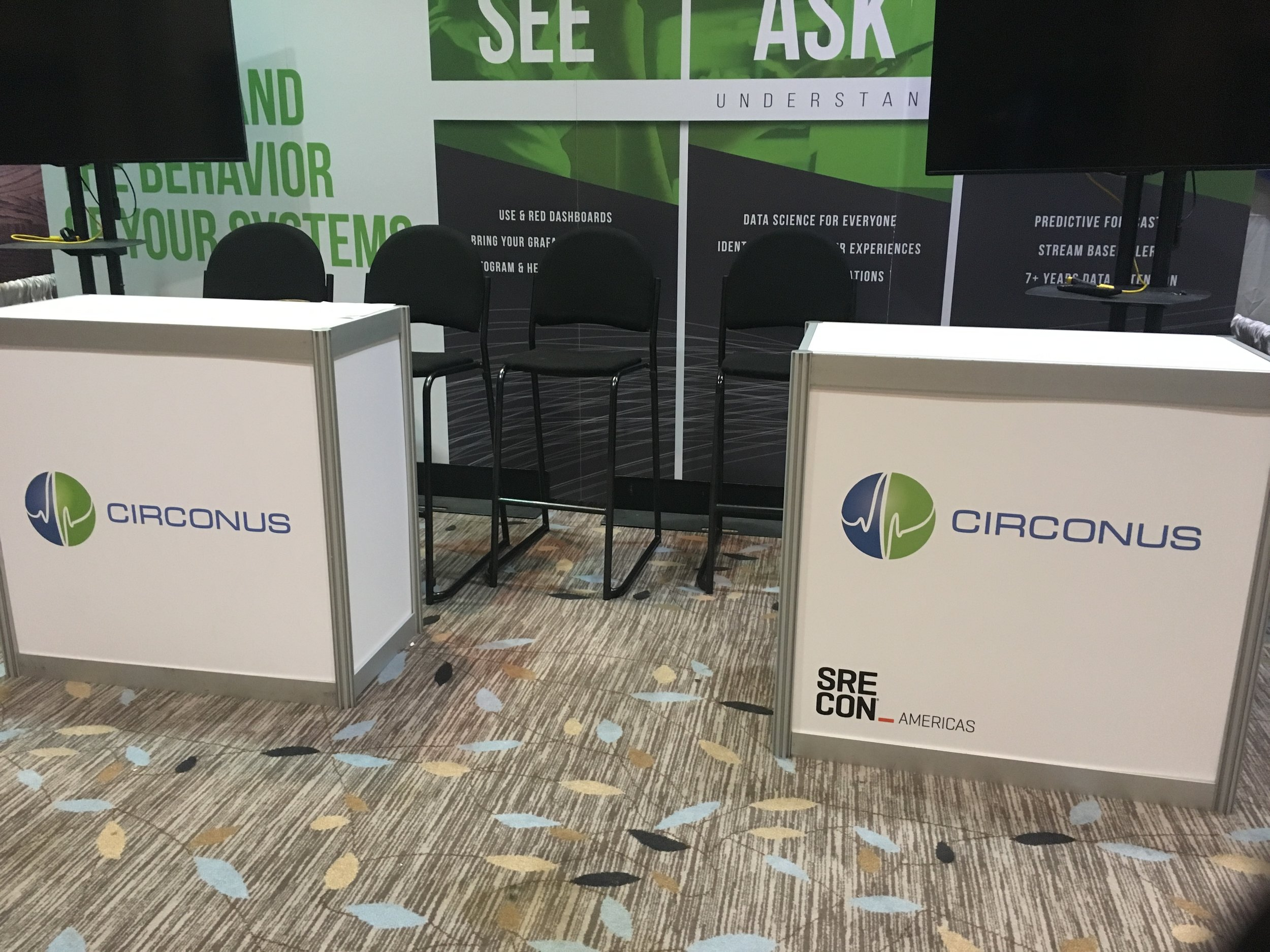 USENIX.2018.kiosk.backwall.JPG