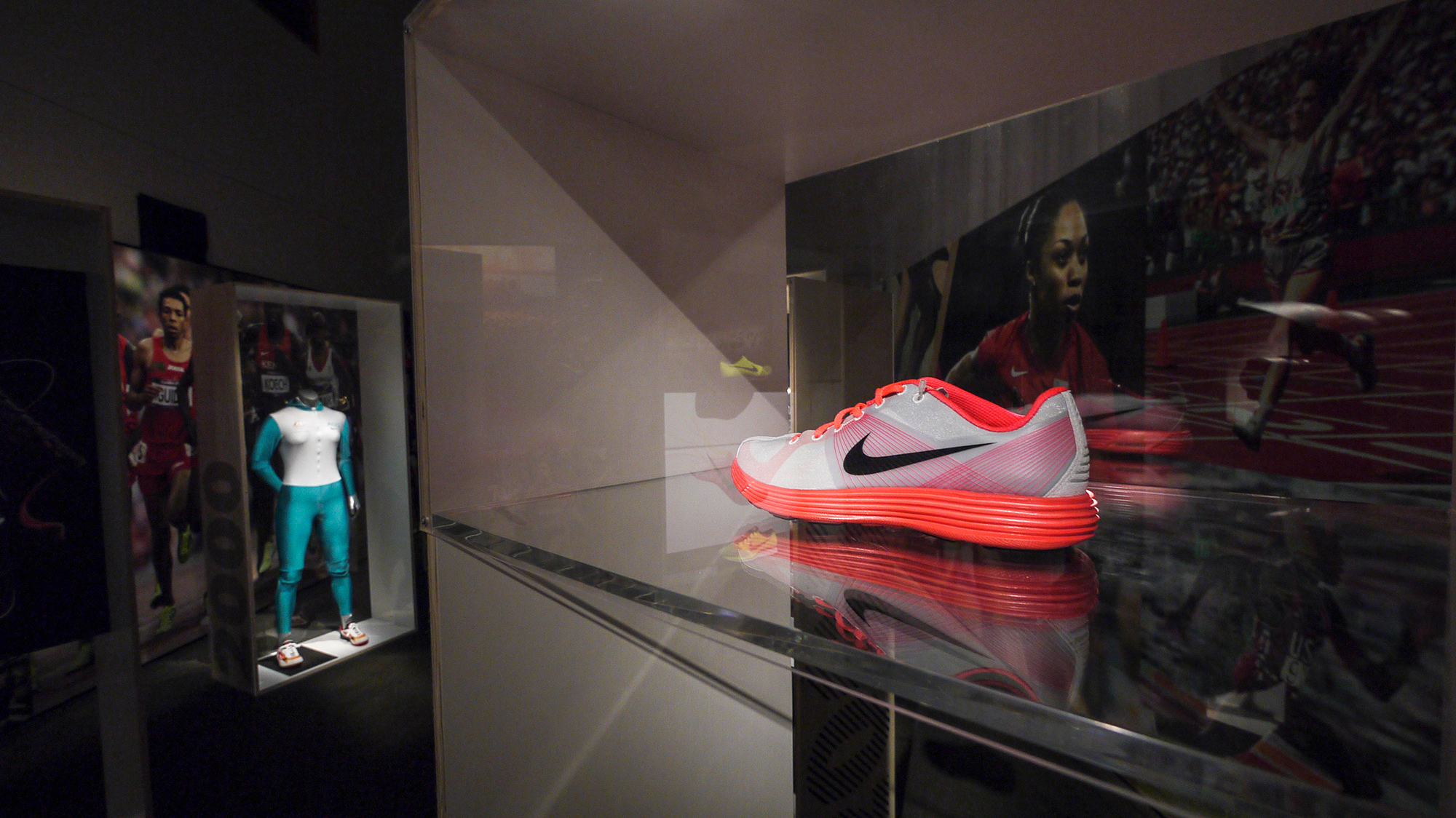 Nike_RunnersWorld_06.jpg