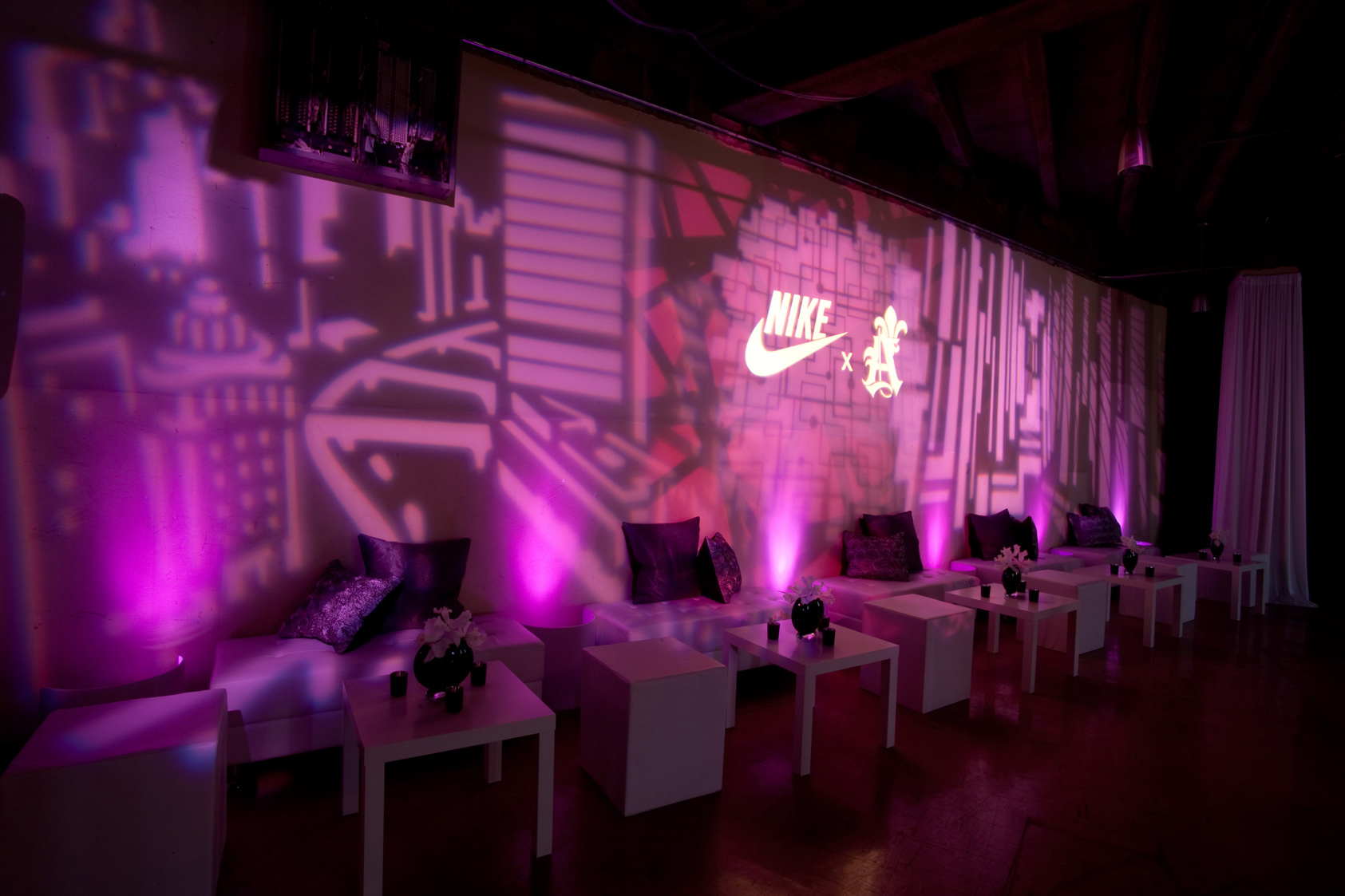 Nike_NoelStateBank_09.jpg