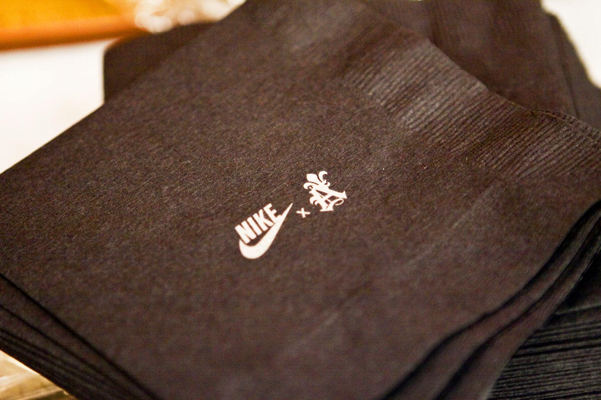 Nike_NoelStateBank_19.jpg