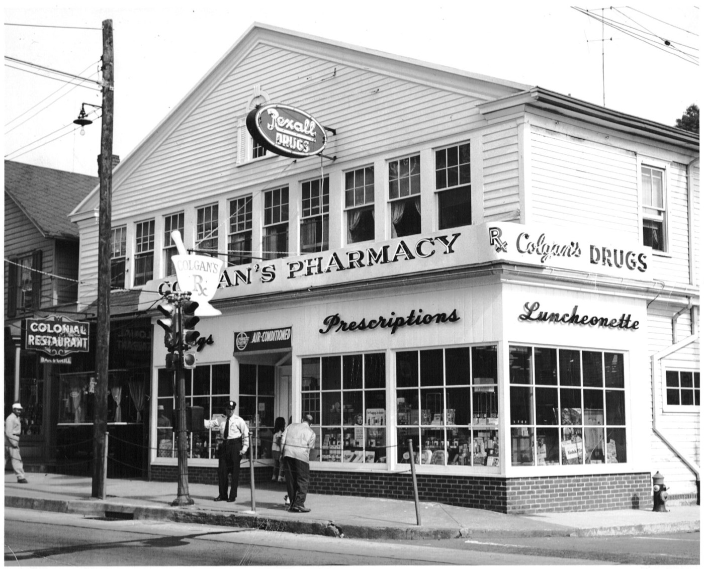 1950s-colgans-pharmacy-corner-post-road-taylor-place.jpg