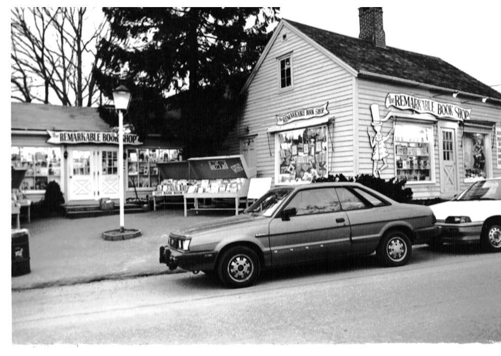 1980s-remarkable-bookshop1.jpg