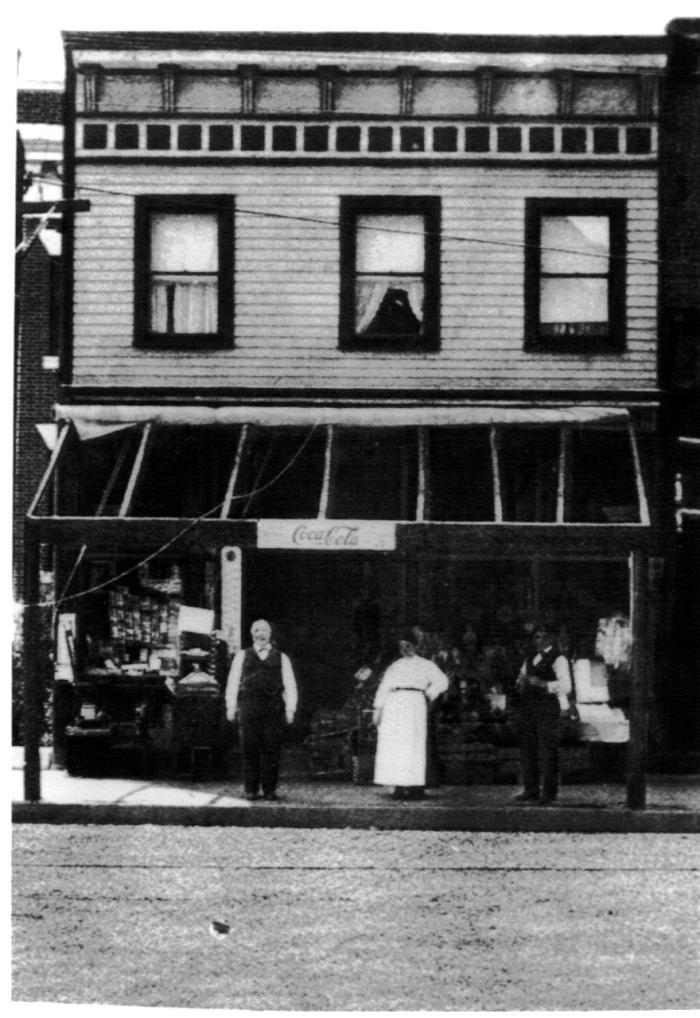 pre-1900-ferrara-market-main-st1.jpg
